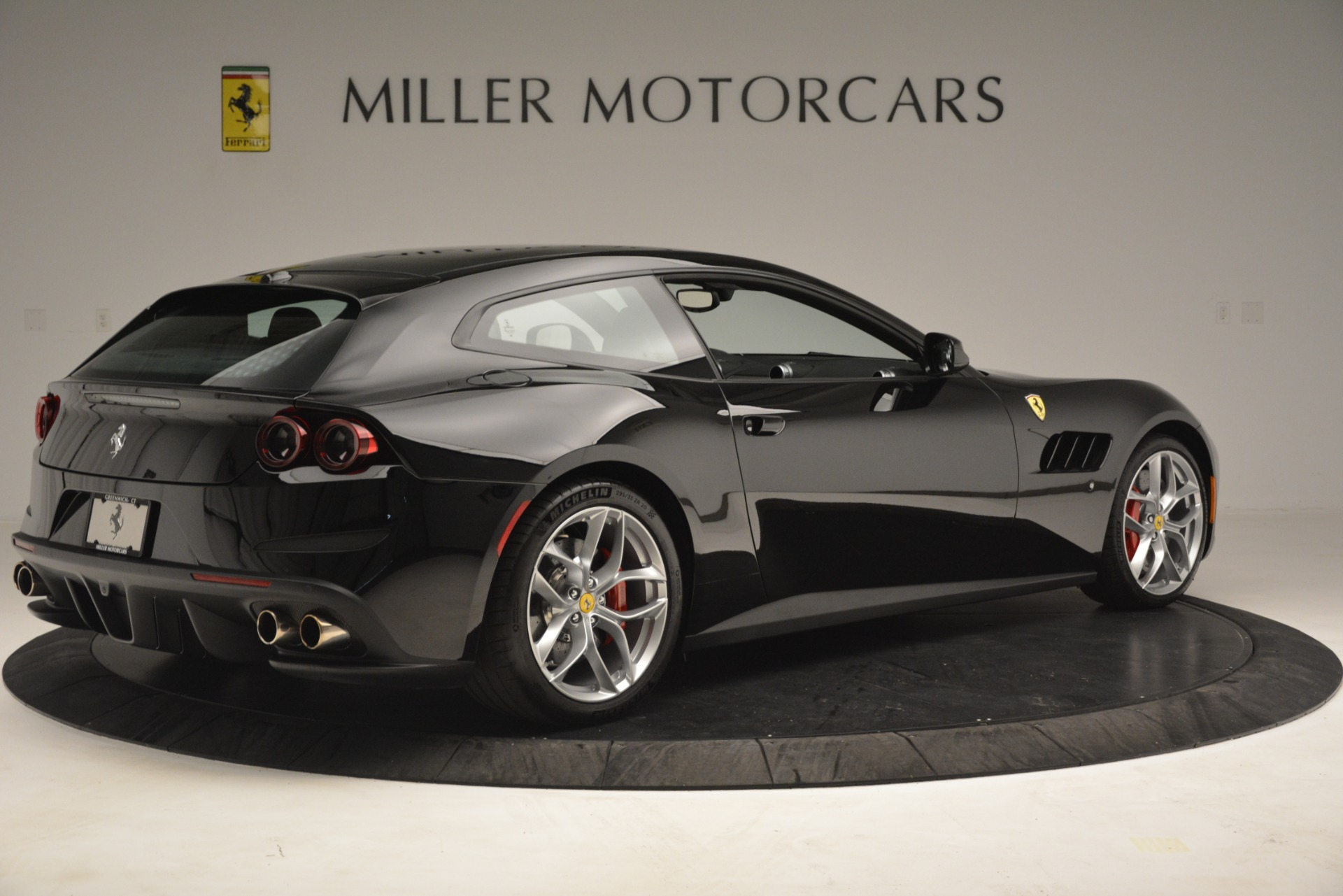 Used 2018 Ferrari GTC4Lusso T  For Sale In Westport, CT 3125_p8