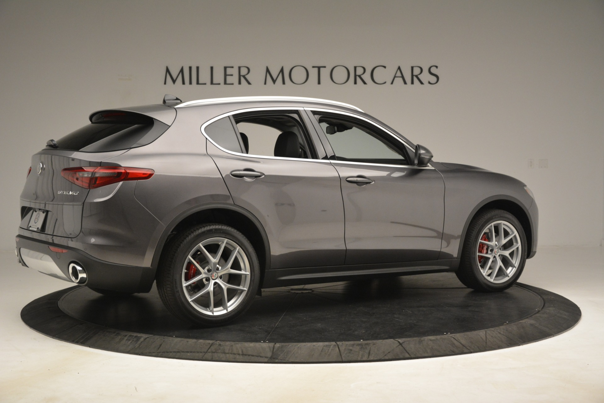 New 2019 Alfa Romeo Stelvio Ti Lusso Q4 For Sale In Westport, CT 3128_p8
