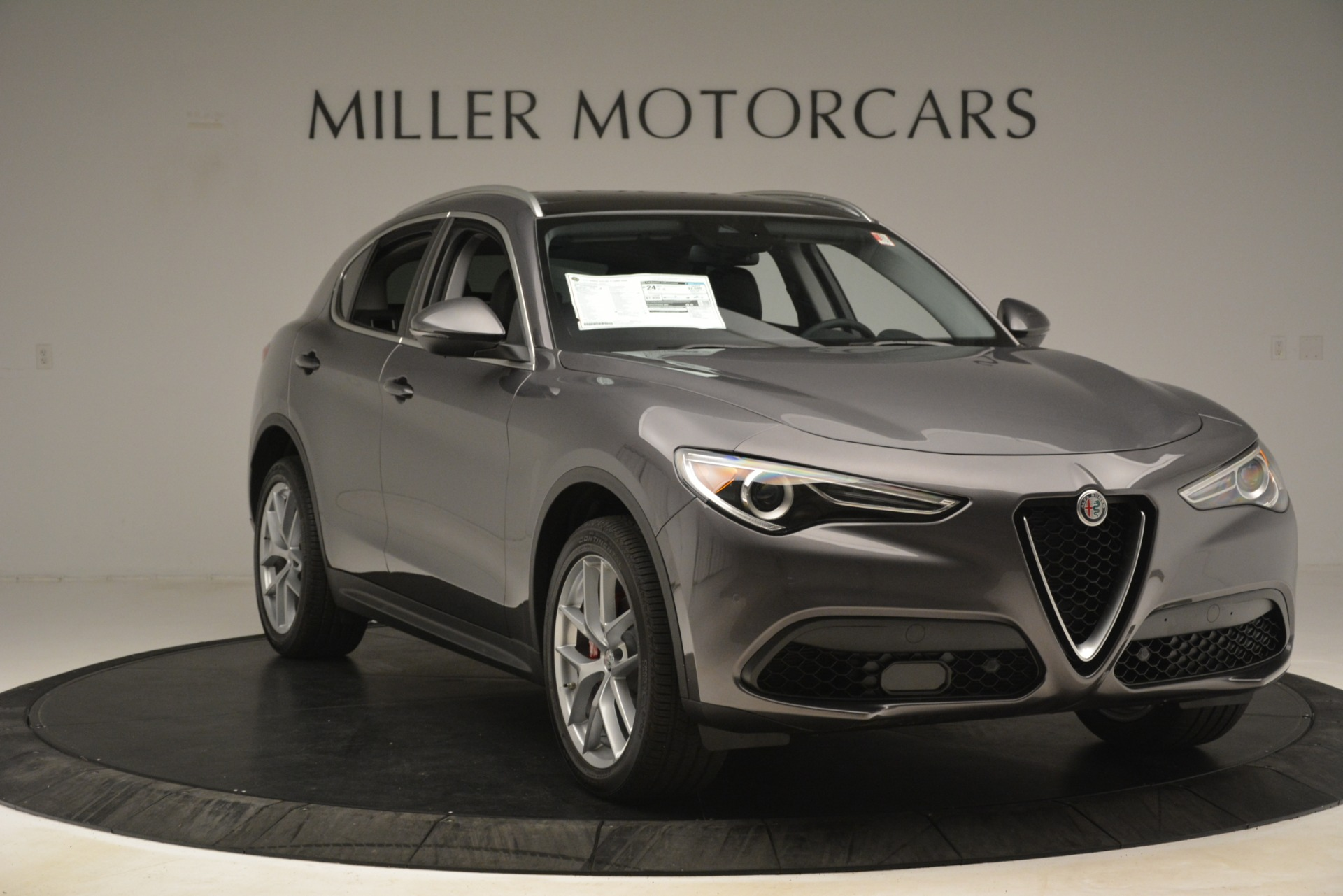 New 2019 Alfa Romeo Stelvio Ti Lusso Q4 For Sale In Westport, CT 3129_p11
