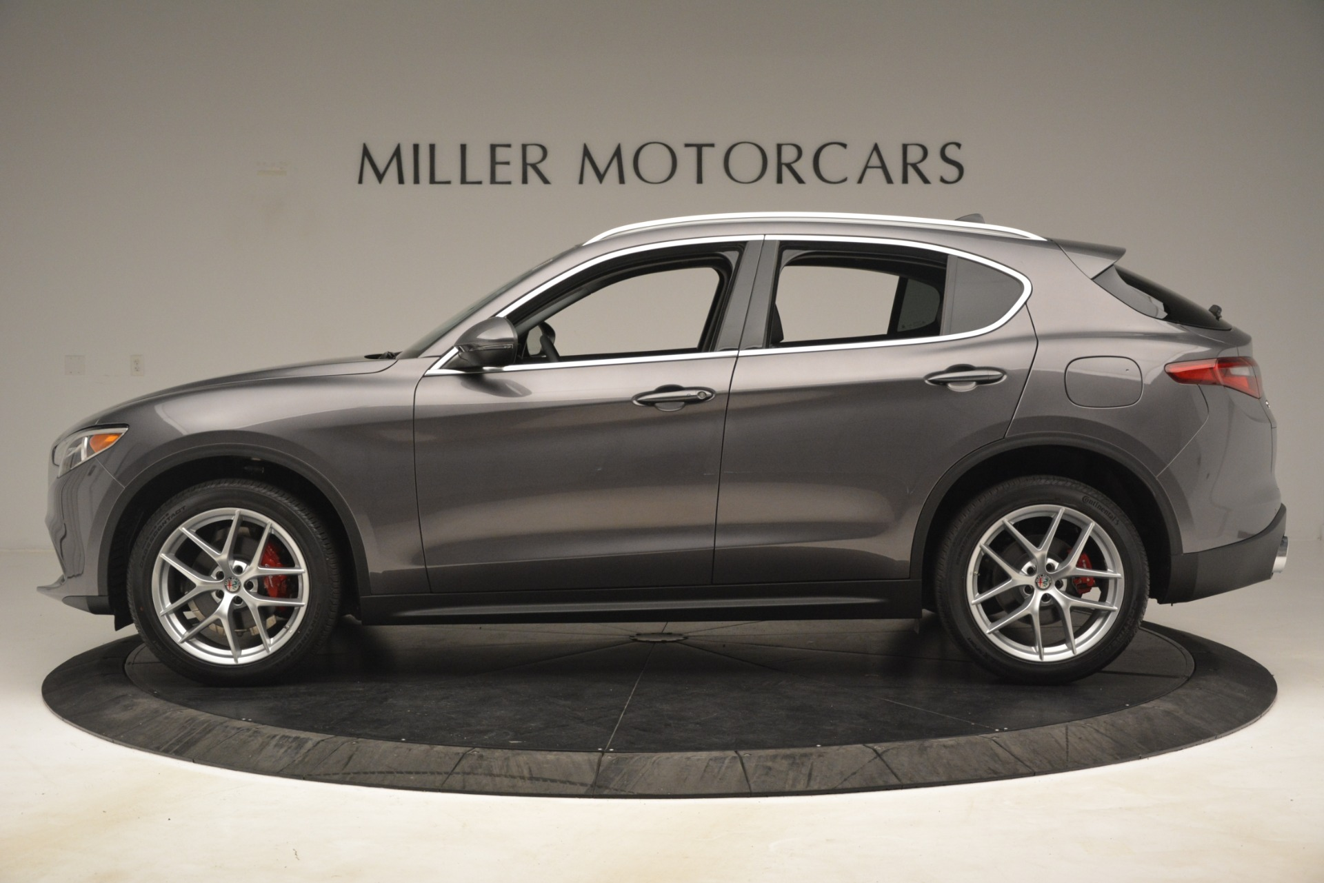 New 2019 Alfa Romeo Stelvio Ti Lusso Q4 For Sale In Westport, CT 3129_p3