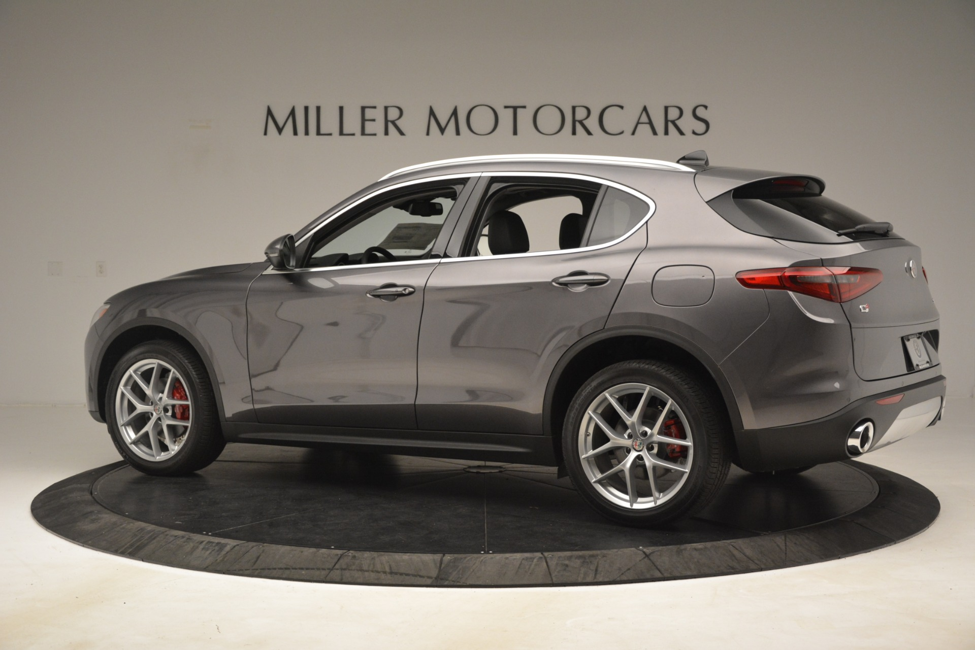 New 2019 Alfa Romeo Stelvio Ti Lusso Q4 For Sale In Westport, CT 3129_p4