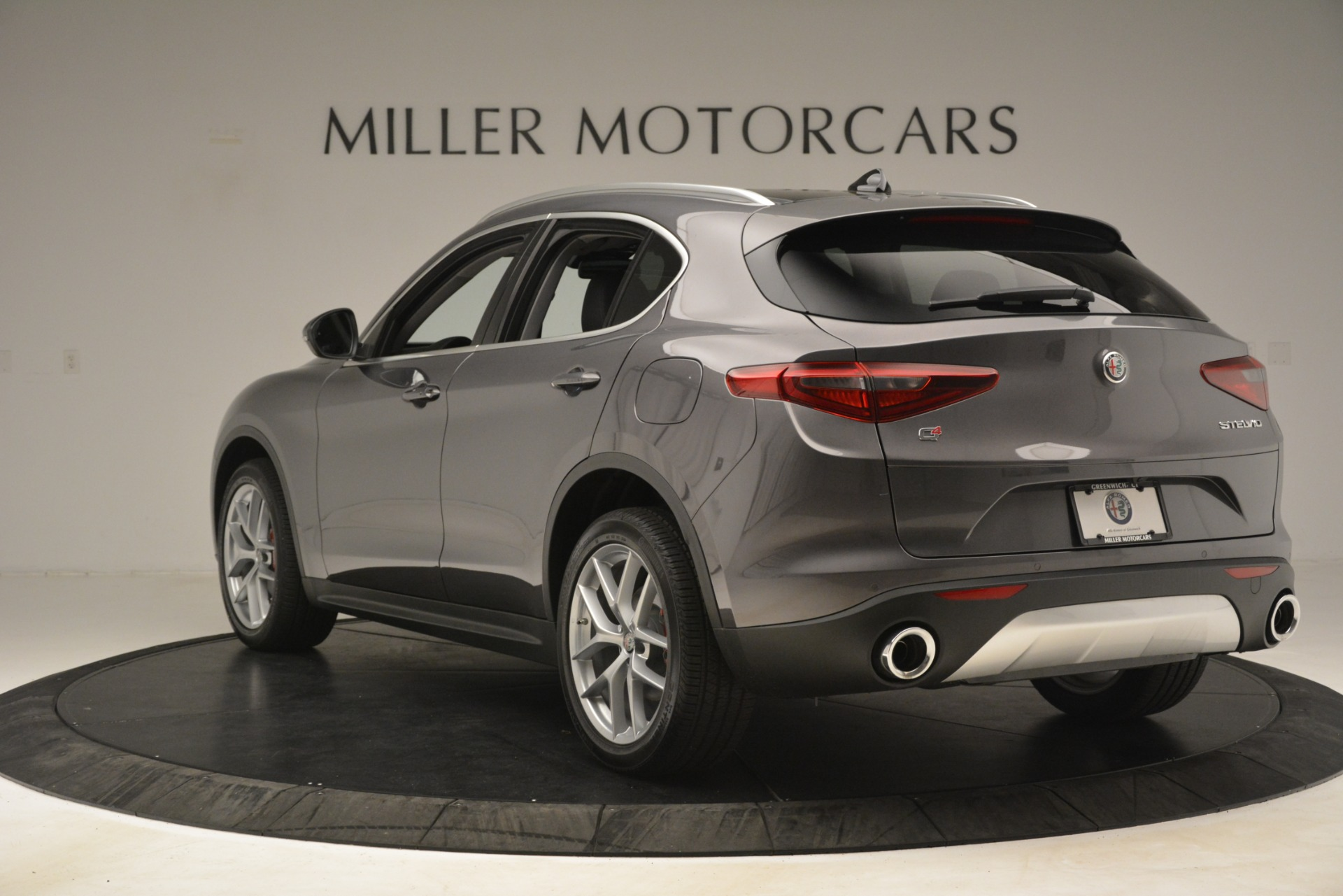 New 2019 Alfa Romeo Stelvio Ti Lusso Q4 For Sale In Westport, CT 3129_p5