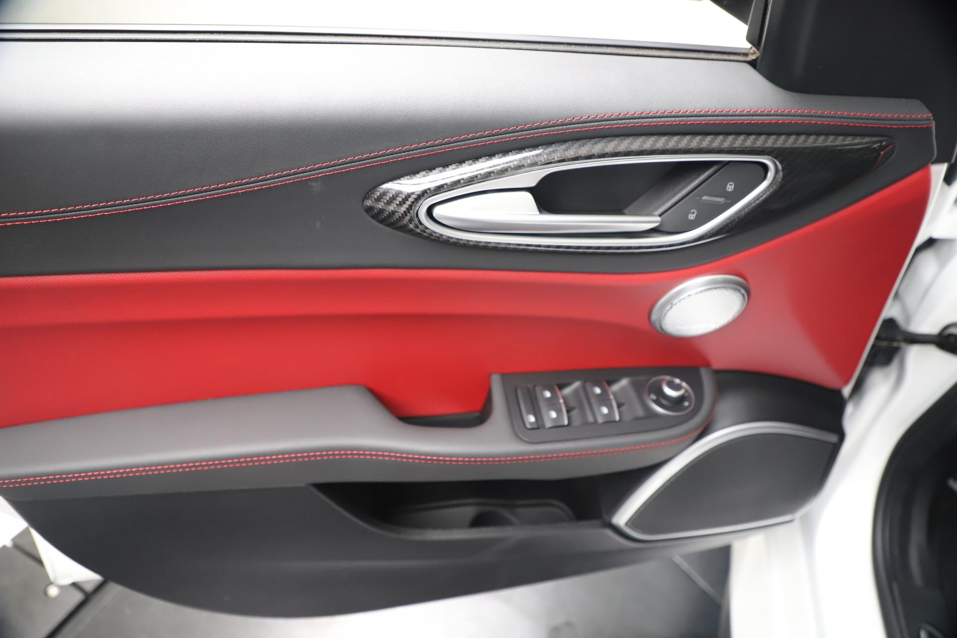 New 2019 Alfa Romeo Giulia Quadrifoglio For Sale In Westport, CT 3130_p17