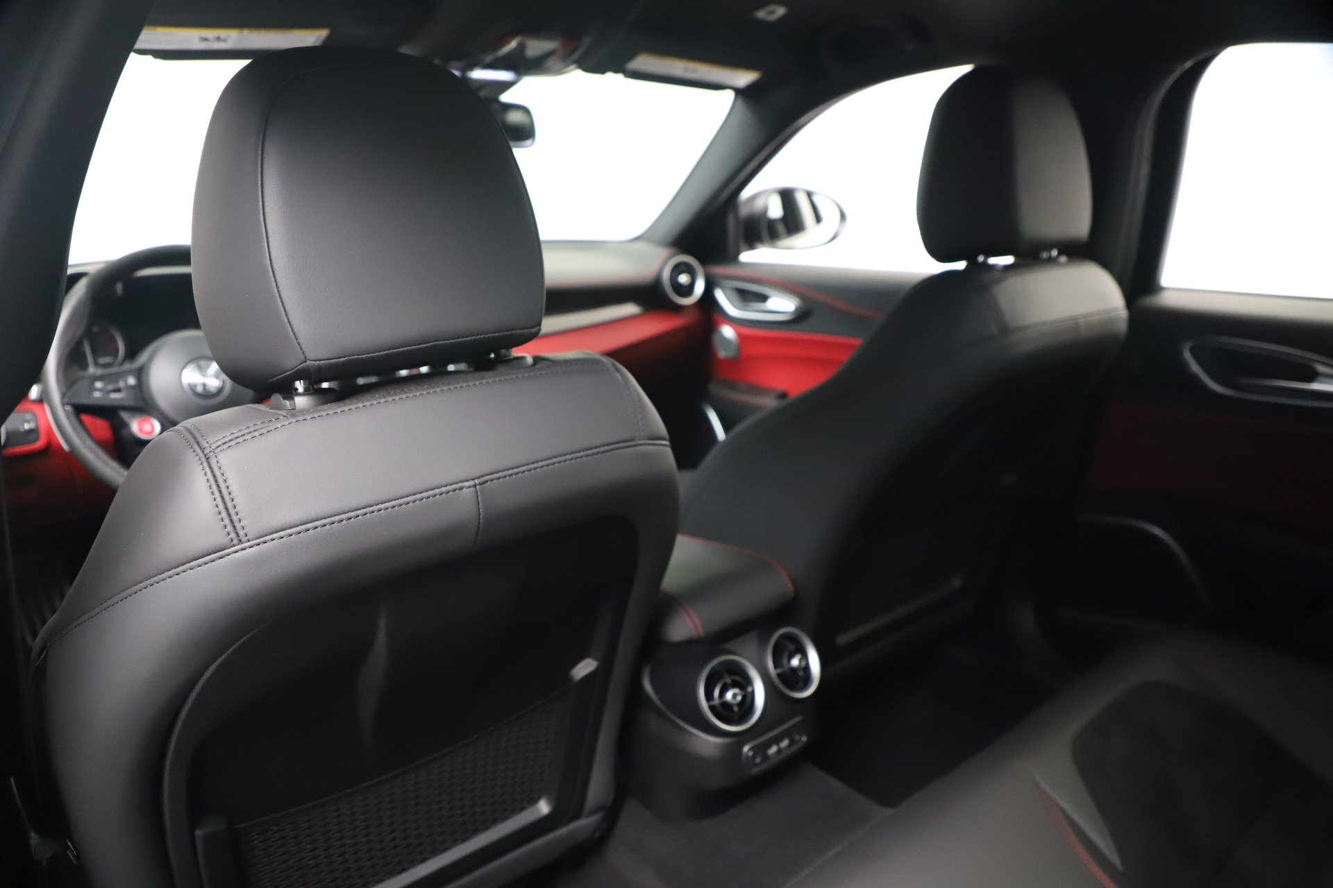New 2019 Alfa Romeo Giulia Quadrifoglio For Sale In Westport, CT 3130_p20