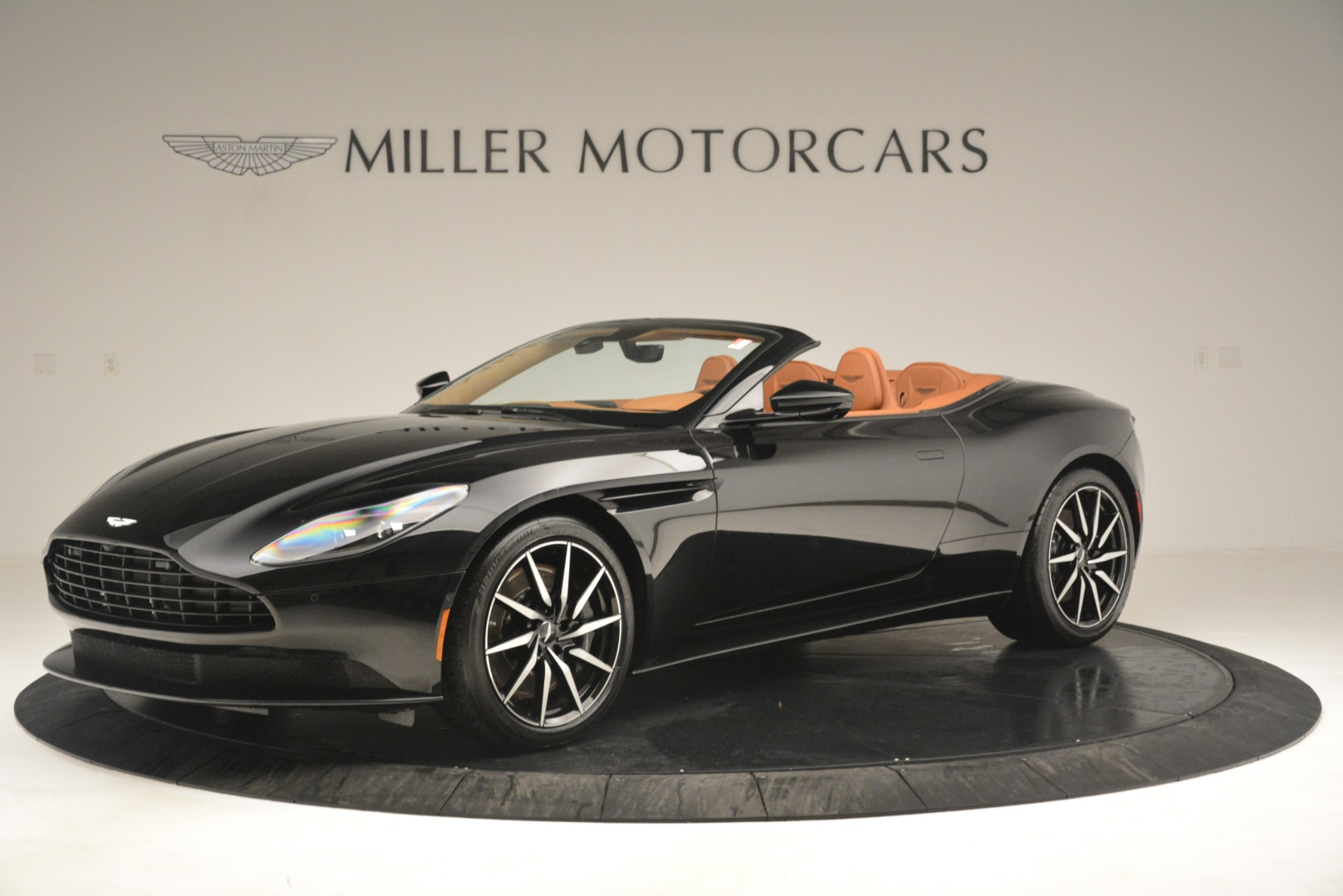 New 2019 Aston Martin DB11 V8 Convertible For Sale In Westport, CT 3135_p2
