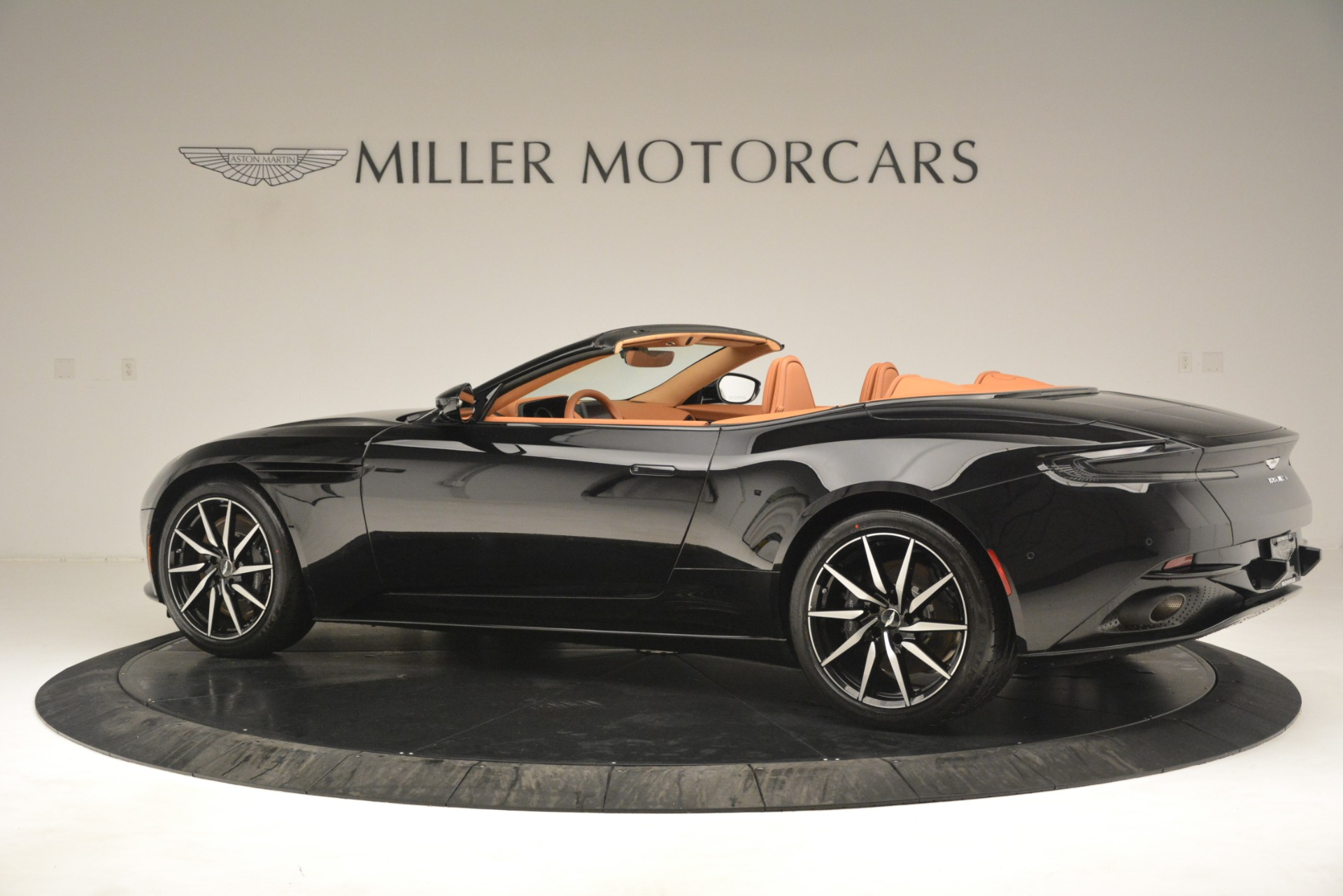 New 2019 Aston Martin DB11 V8 Convertible For Sale In Westport, CT 3135_p4