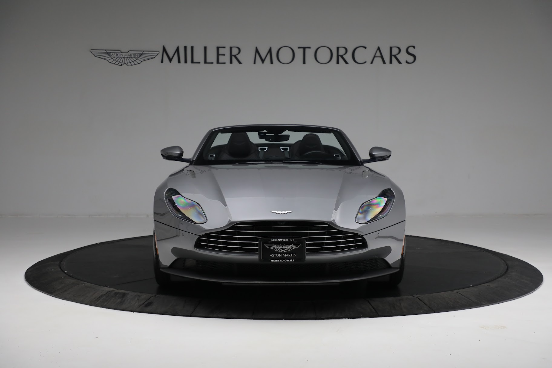 New 2019 Aston Martin DB11 V8 Convertible For Sale In Westport, CT 3136_p11