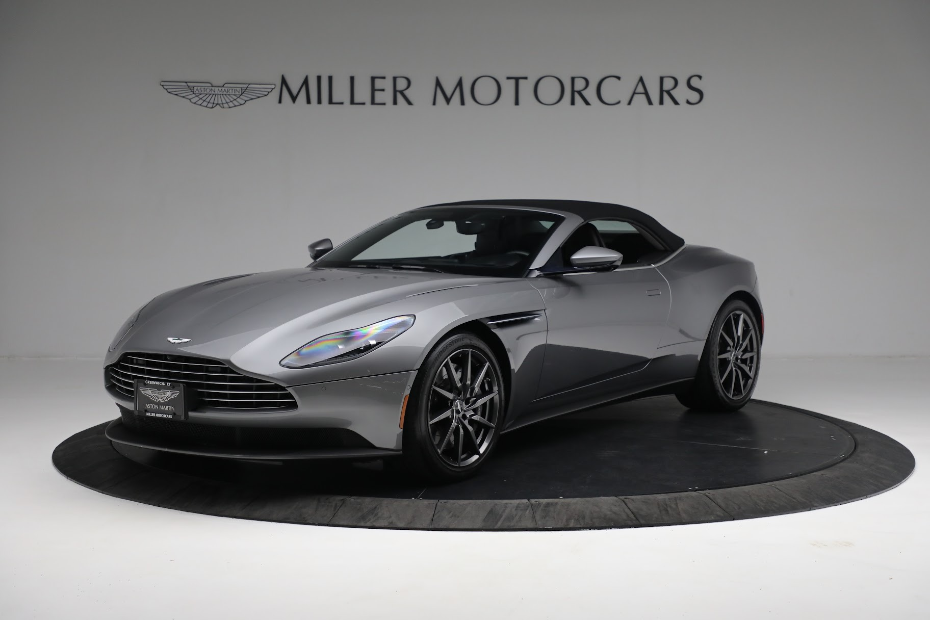 New 2019 Aston Martin DB11 V8 Convertible For Sale In Westport, CT 3136_p13