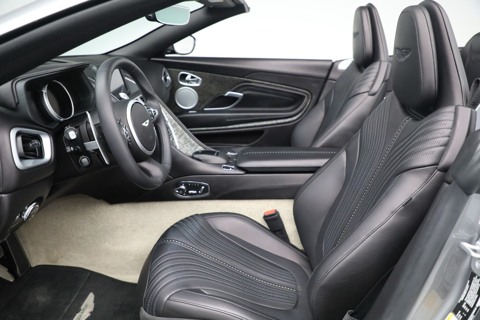 New 2019 Aston Martin DB11 V8 Convertible For Sale In Westport, CT 3136_p18