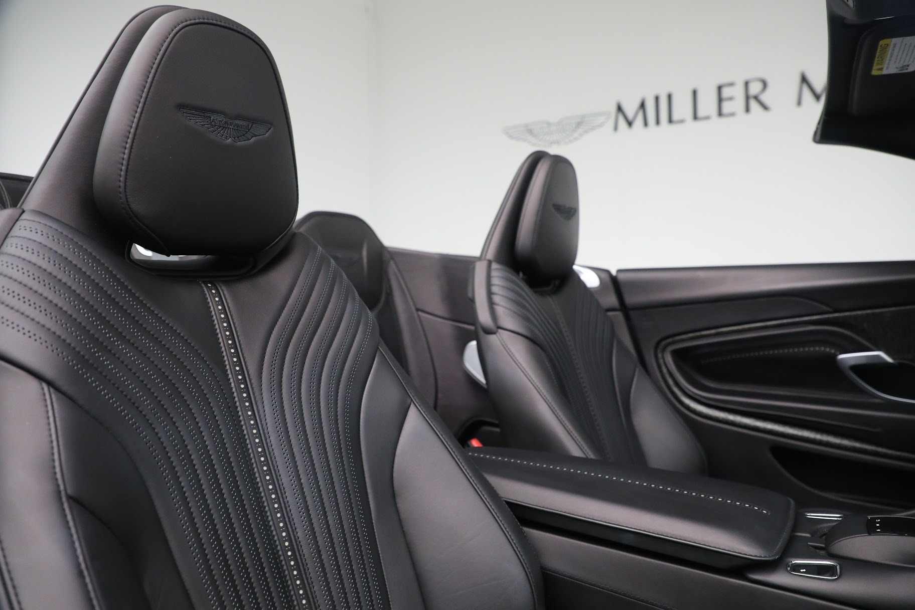 New 2019 Aston Martin DB11 V8 Convertible For Sale In Westport, CT 3136_p23