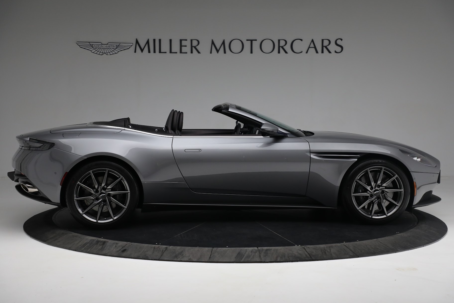 New 2019 Aston Martin DB11 V8 Convertible For Sale In Westport, CT 3136_p8