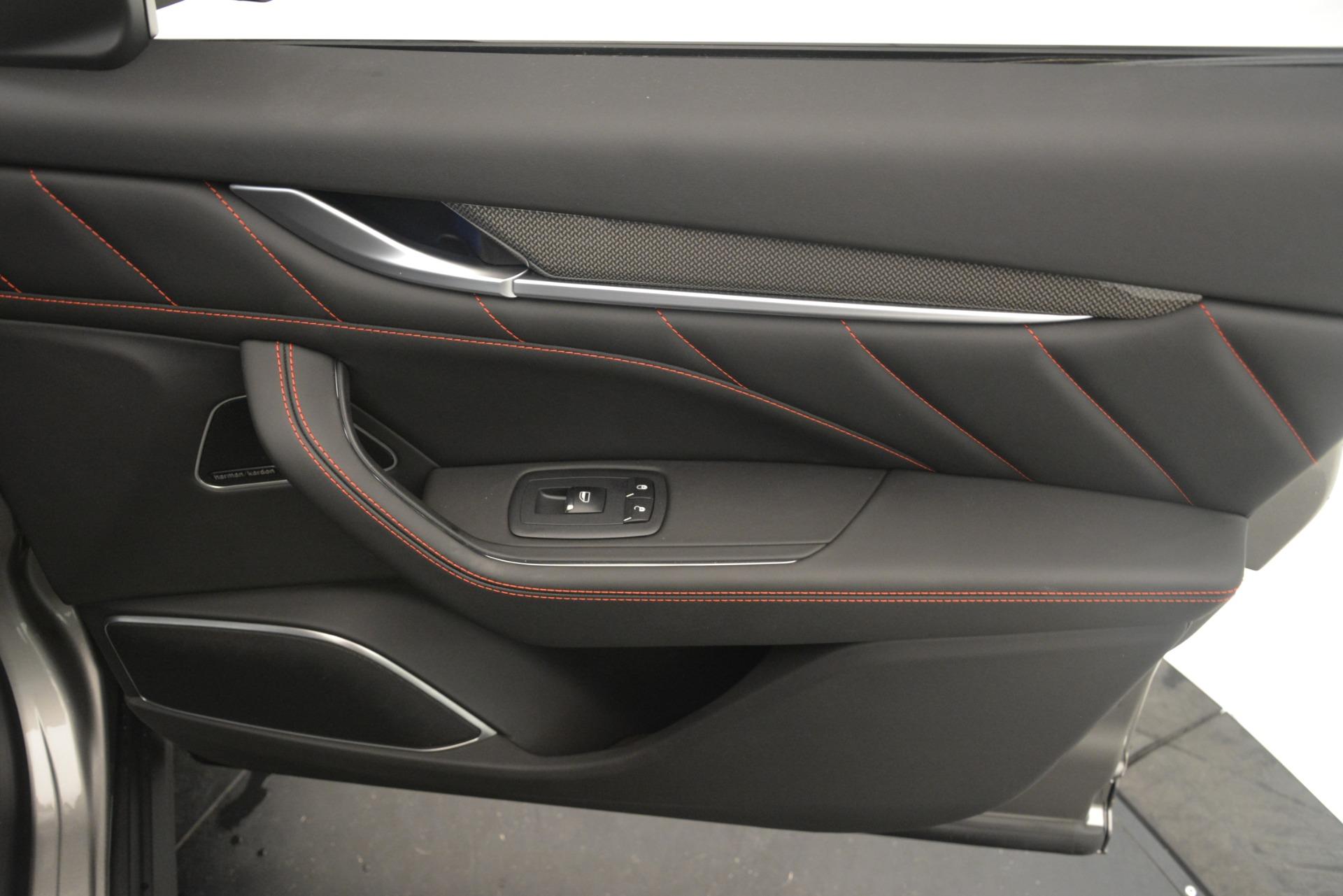 New 2019 Maserati Levante SQ4 GranSport Nerissimo For Sale In Westport, CT 3144_p25