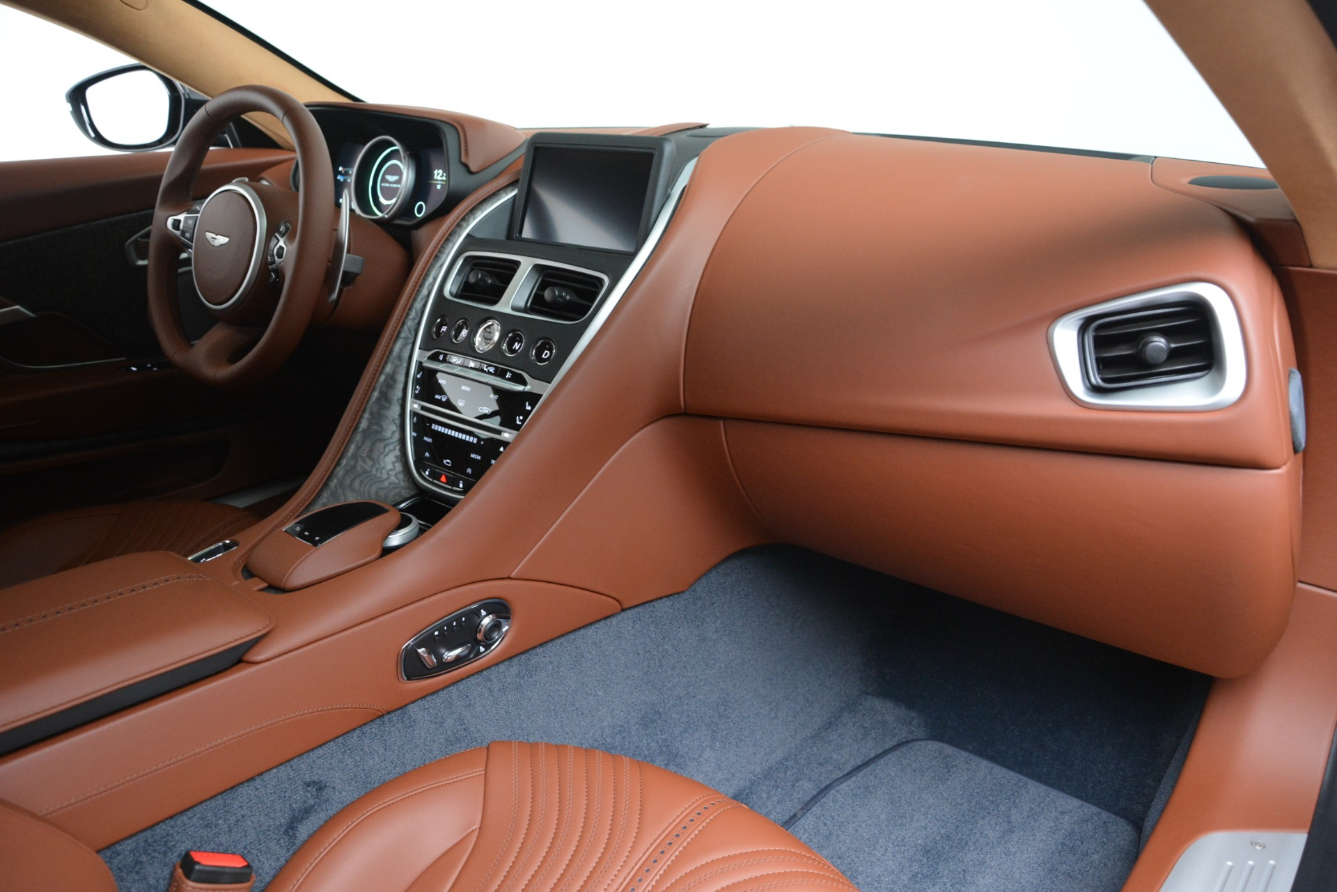 New 2019 Aston Martin DB11 V8 For Sale In Westport, CT 3145_p19