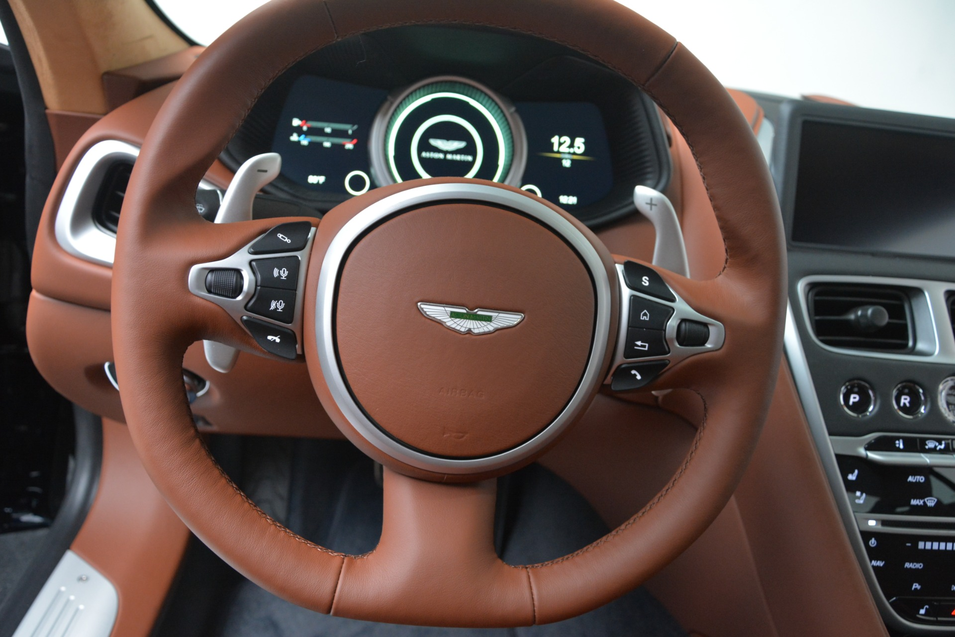 New 2019 Aston Martin DB11 V8 For Sale In Westport, CT 3145_p22