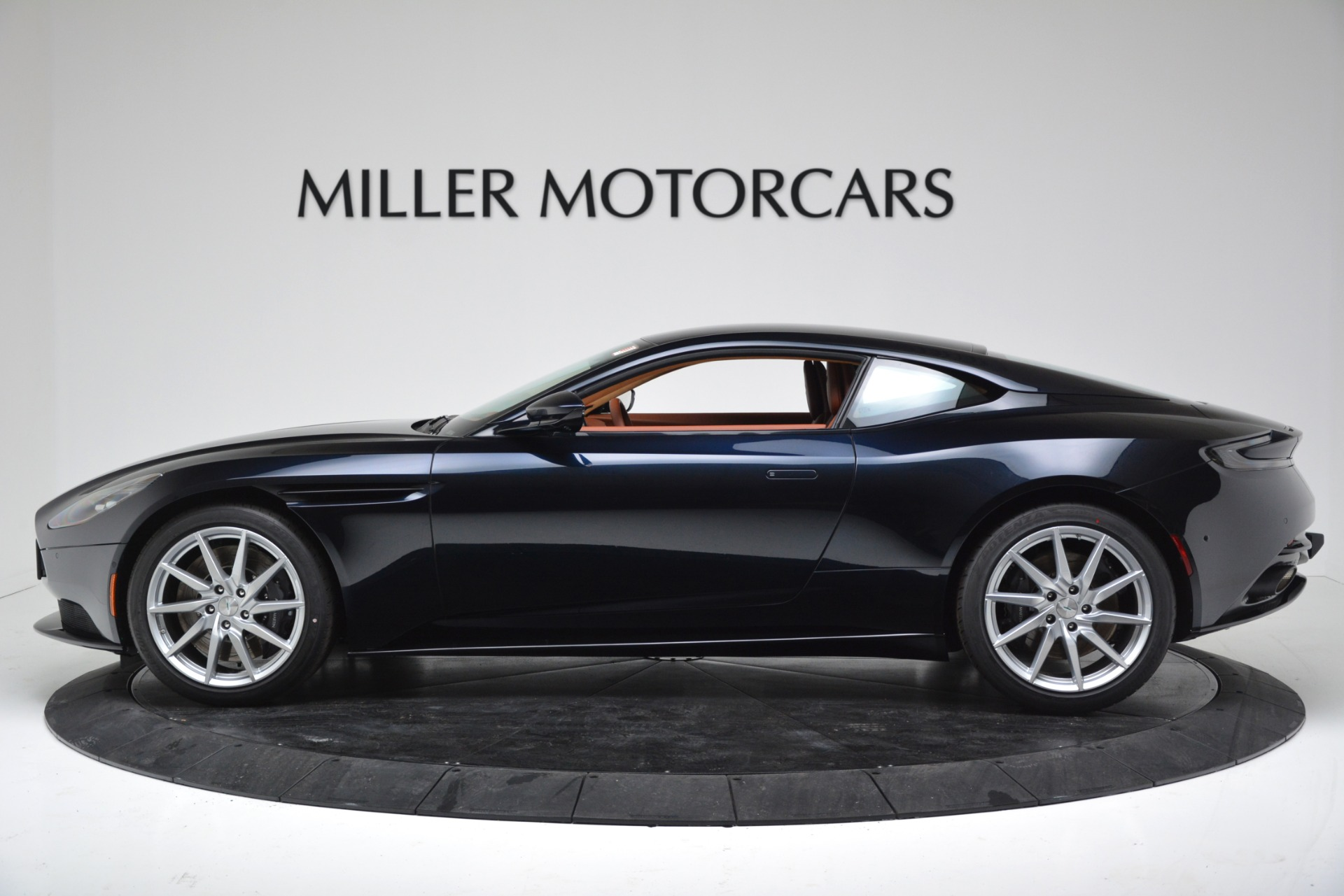 New 2019 Aston Martin DB11 V8 For Sale In Westport, CT 3145_p3