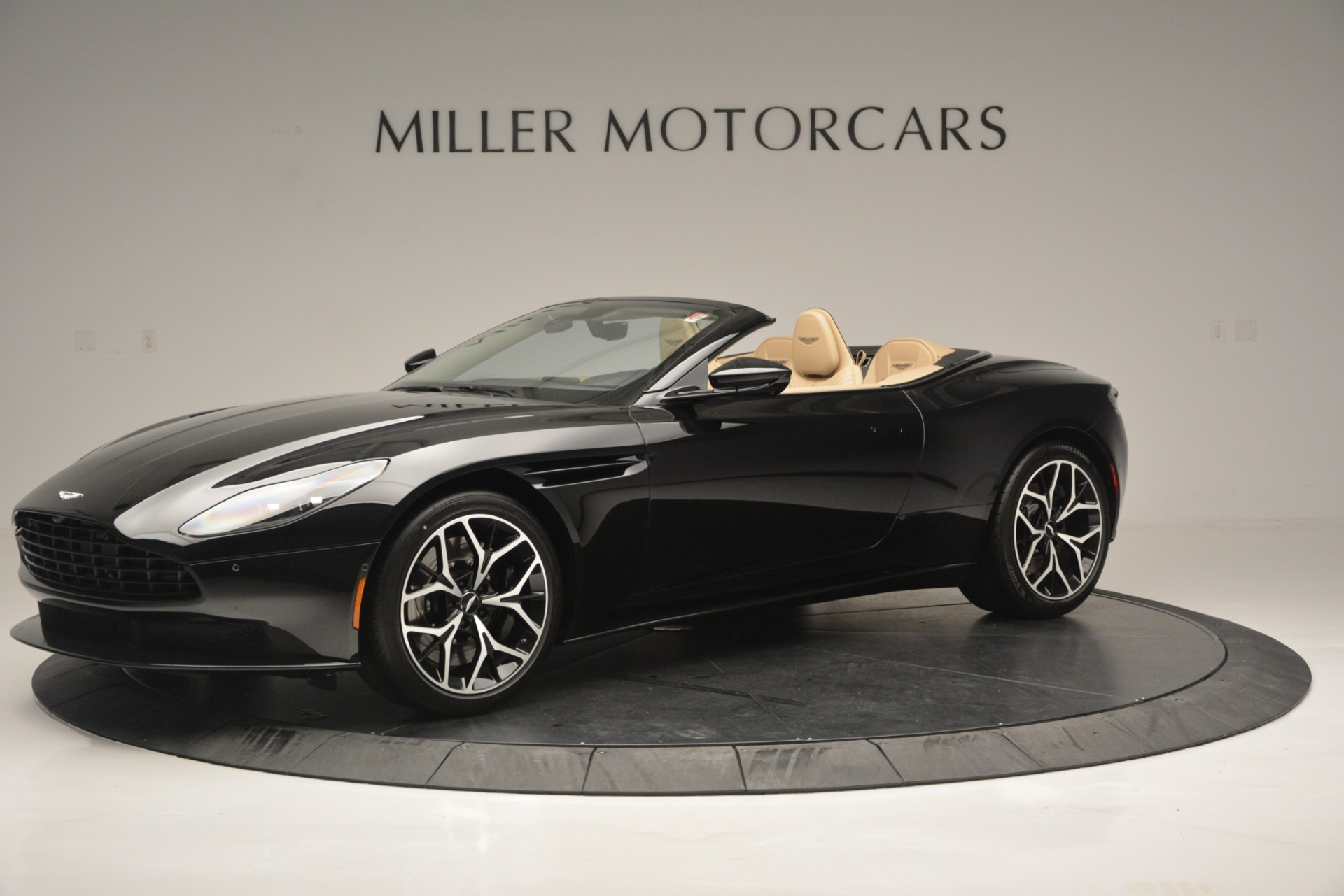 New 2019 Aston Martin DB11 V8 Convertible For Sale In Westport, CT 3148_main