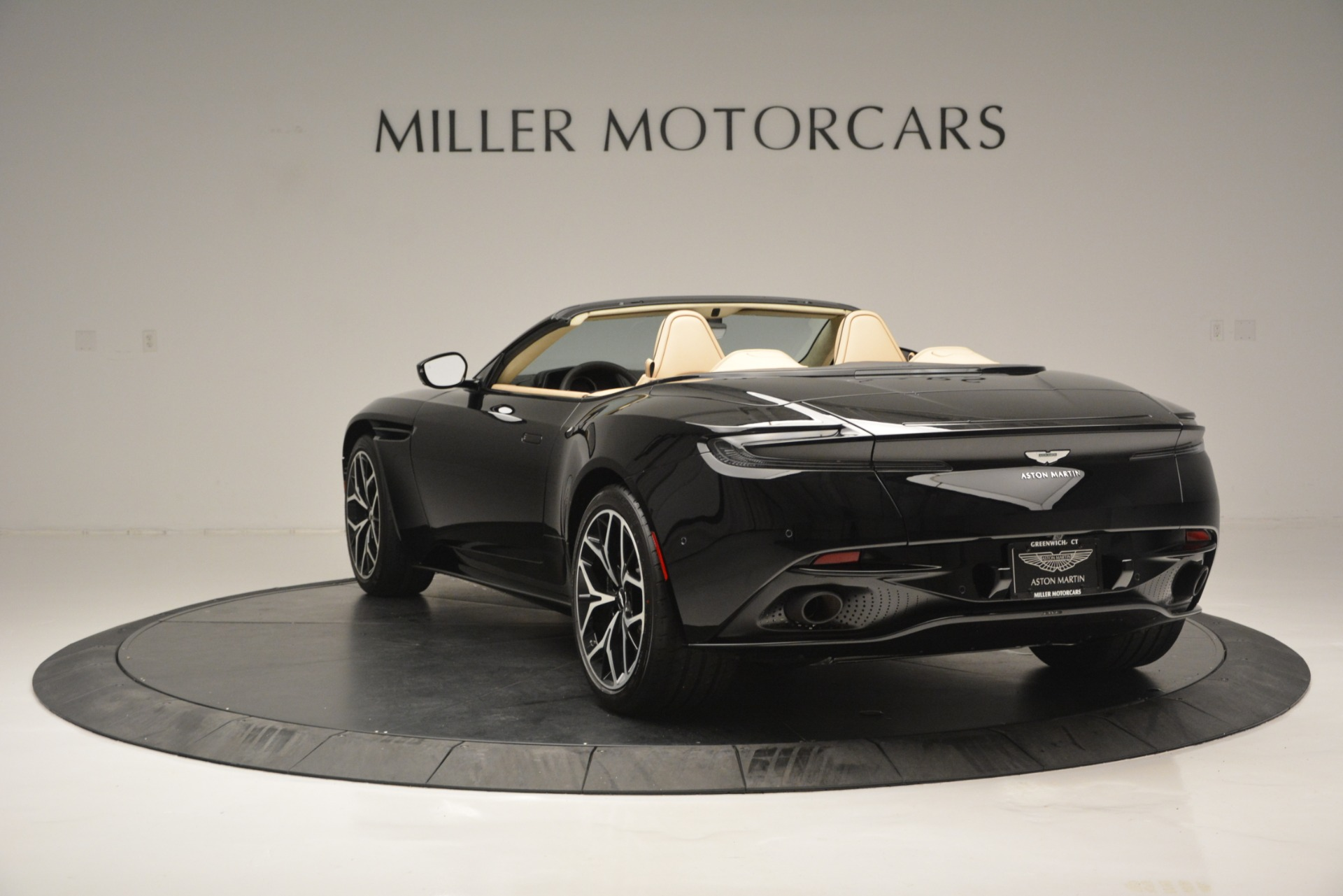 New 2019 Aston Martin DB11 V8 Convertible For Sale In Westport, CT 3148_p5