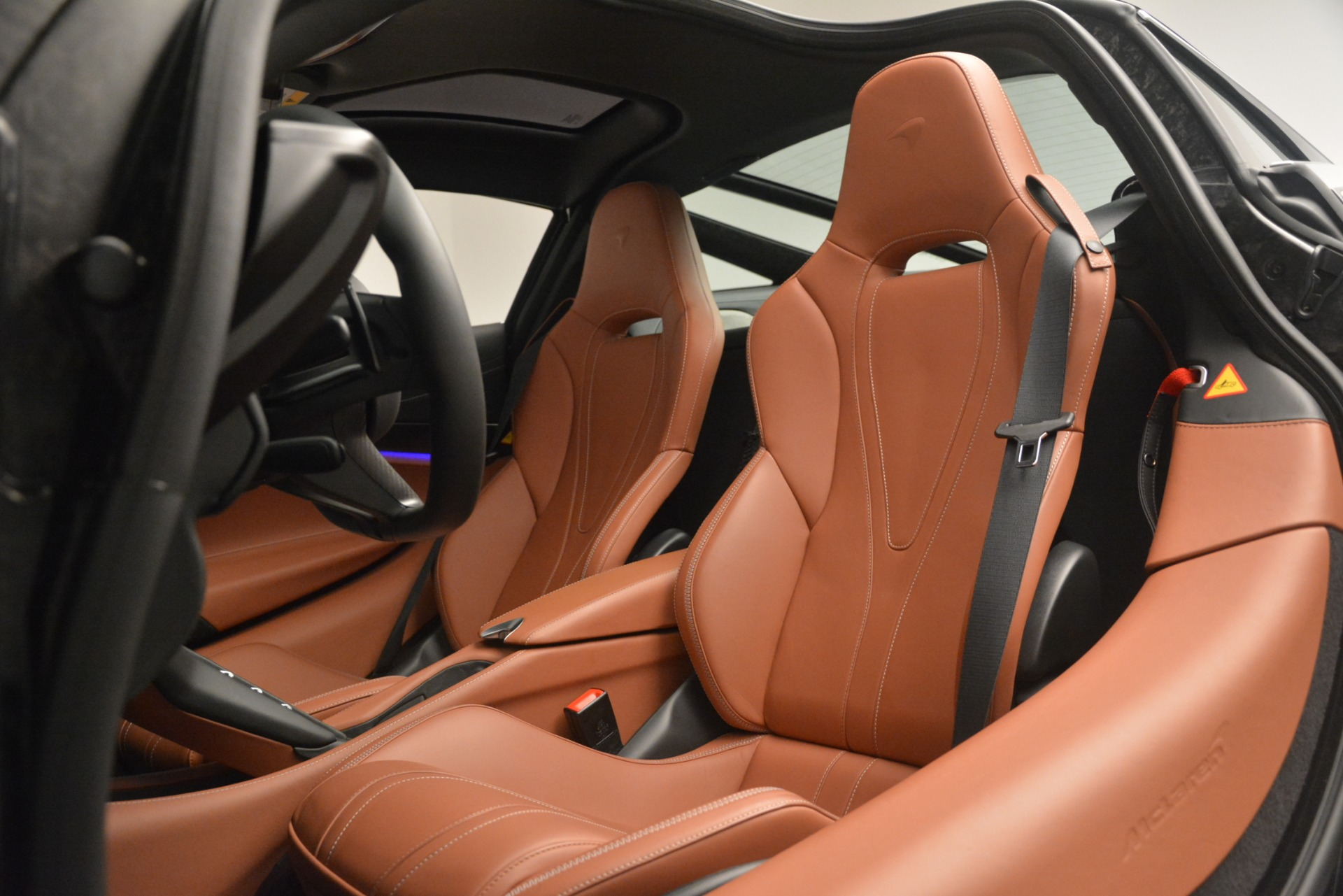 Used 2018 McLaren 720S Coupe For Sale In Westport, CT 3157_p17