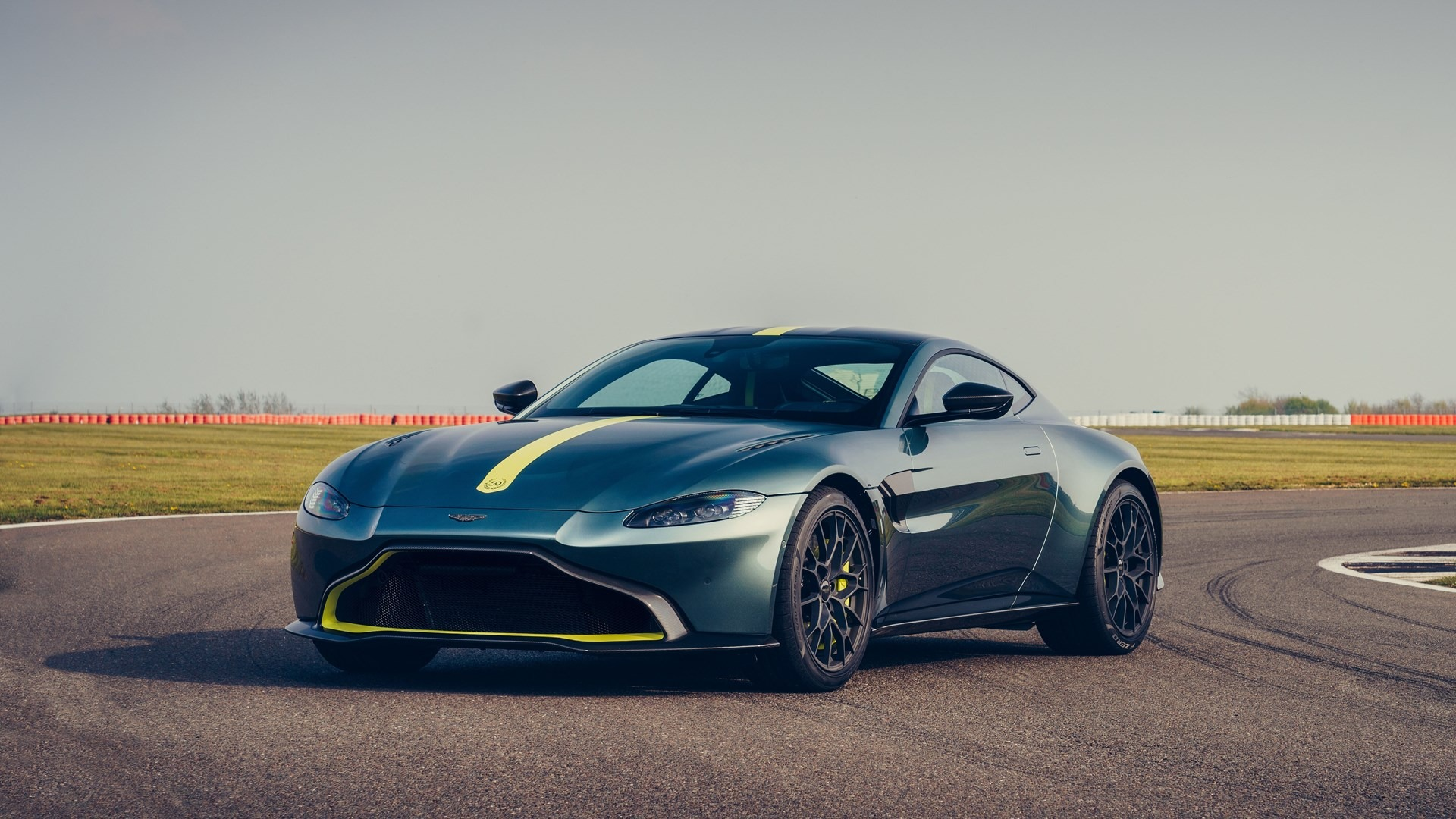 New 2020 Aston Martin Vantage AMR Coupe For Sale In Westport, CT 3158_p2