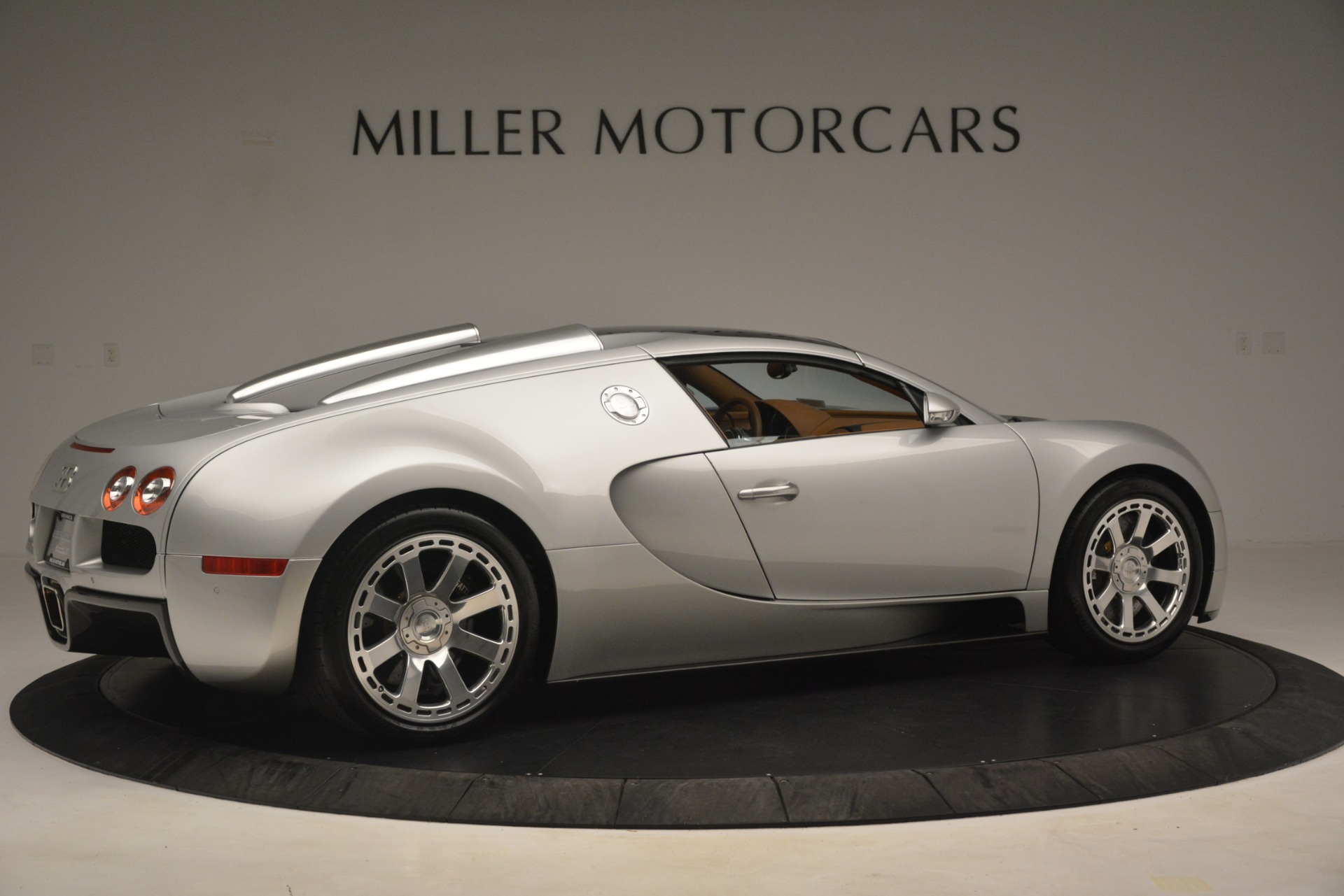 Used 2010 Bugatti Veyron 16.4 Grand Sport For Sale In Westport, CT 3159_p18