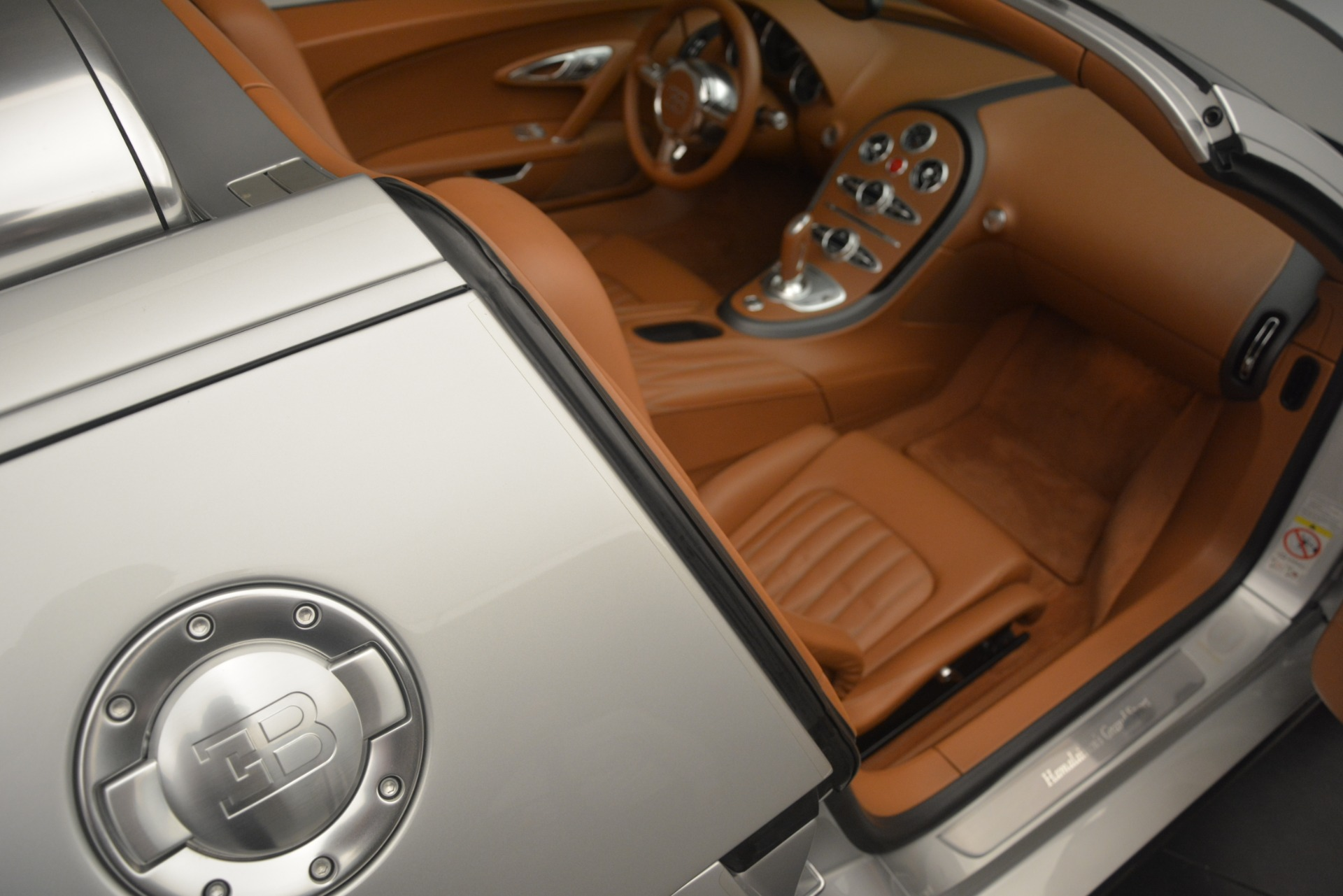 Used 2010 Bugatti Veyron 16.4 Grand Sport For Sale In Westport, CT 3159_p32