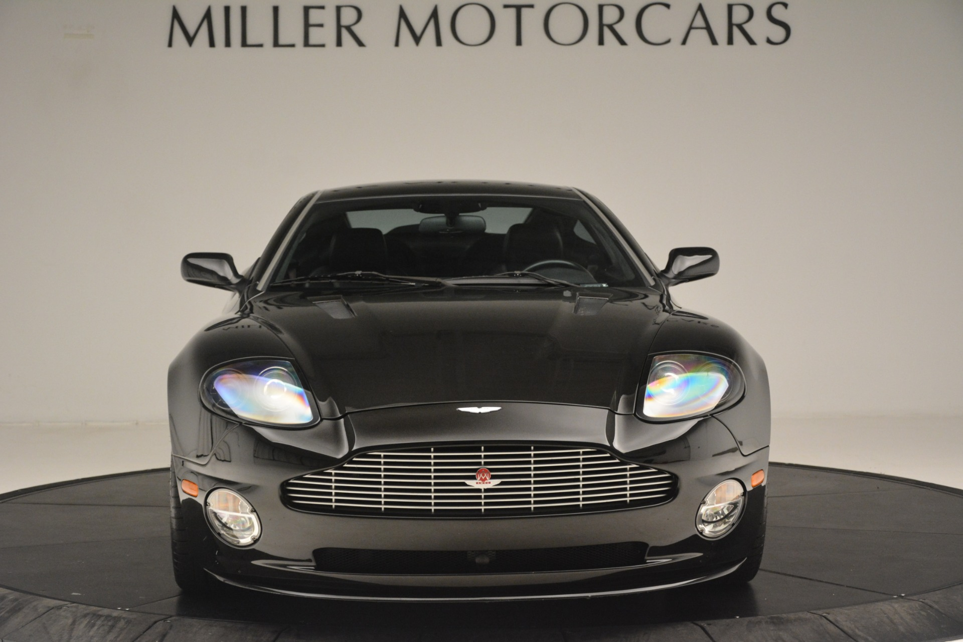 Used 2004 Aston Martin V12 Vanquish  For Sale In Westport, CT 3160_p5