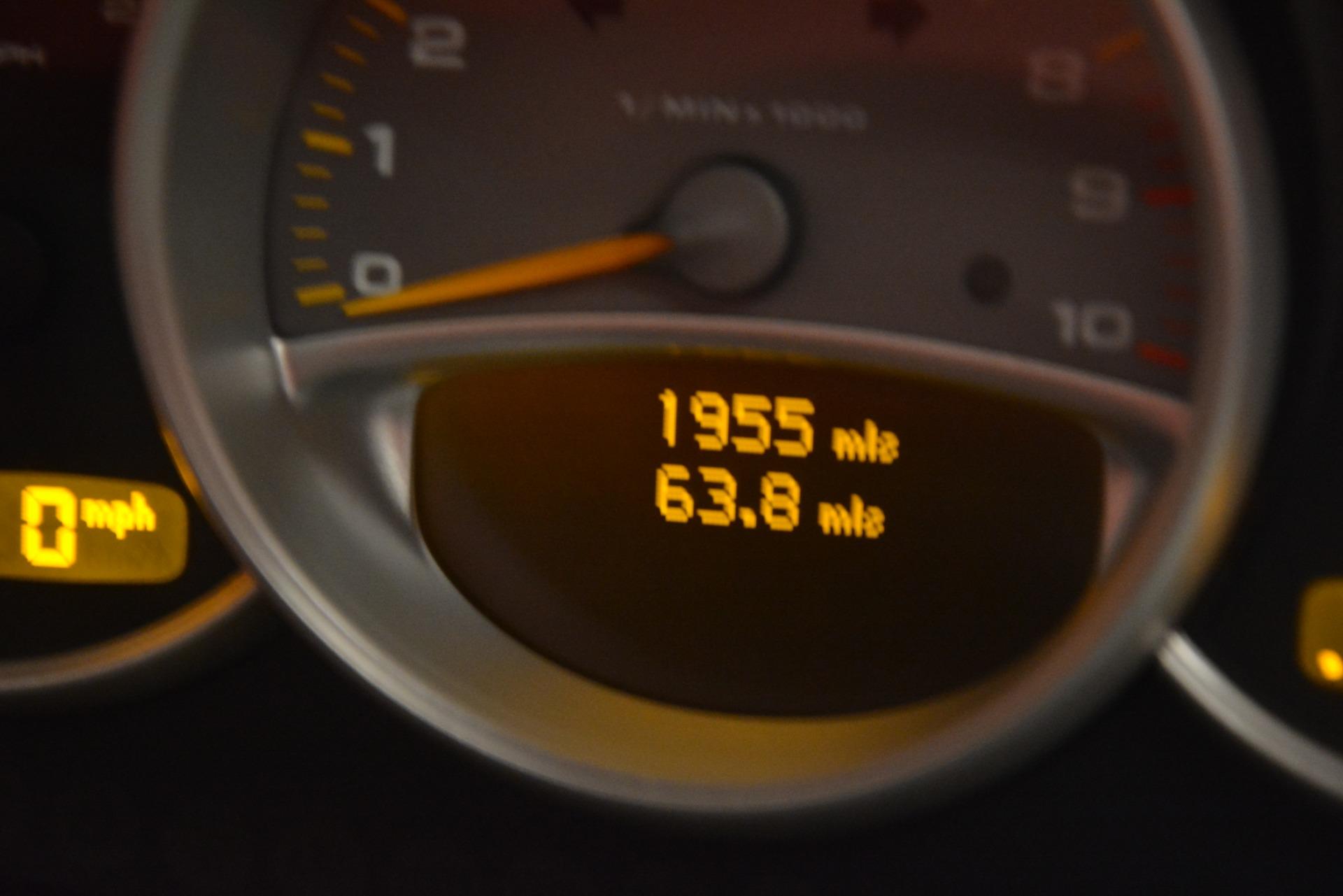 Used 2005 Porsche Carrera GT  For Sale In Westport, CT 3161_p36