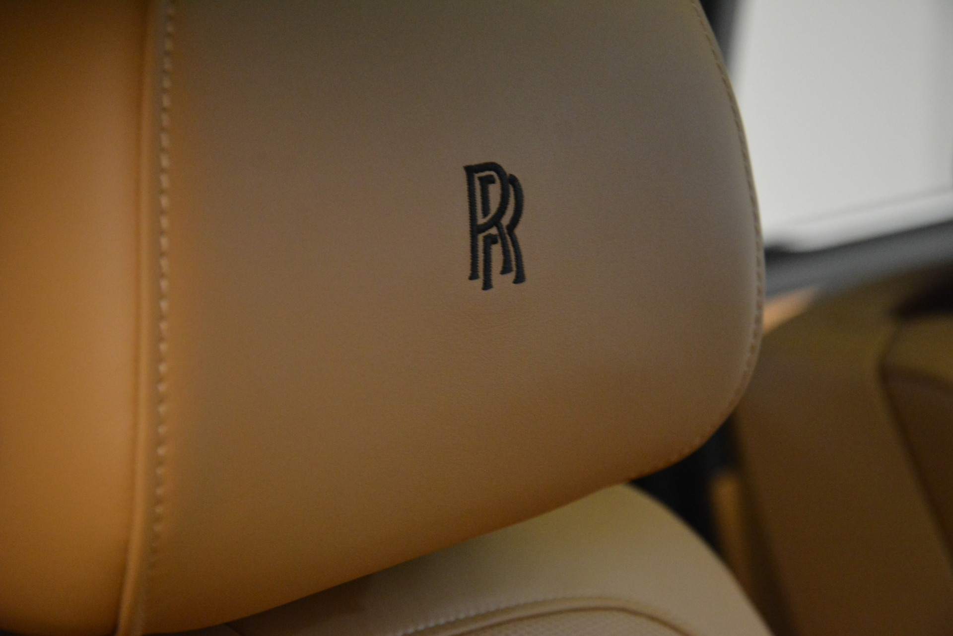Used 2019 Rolls-Royce Cullinan  For Sale In Westport, CT 3162_p29