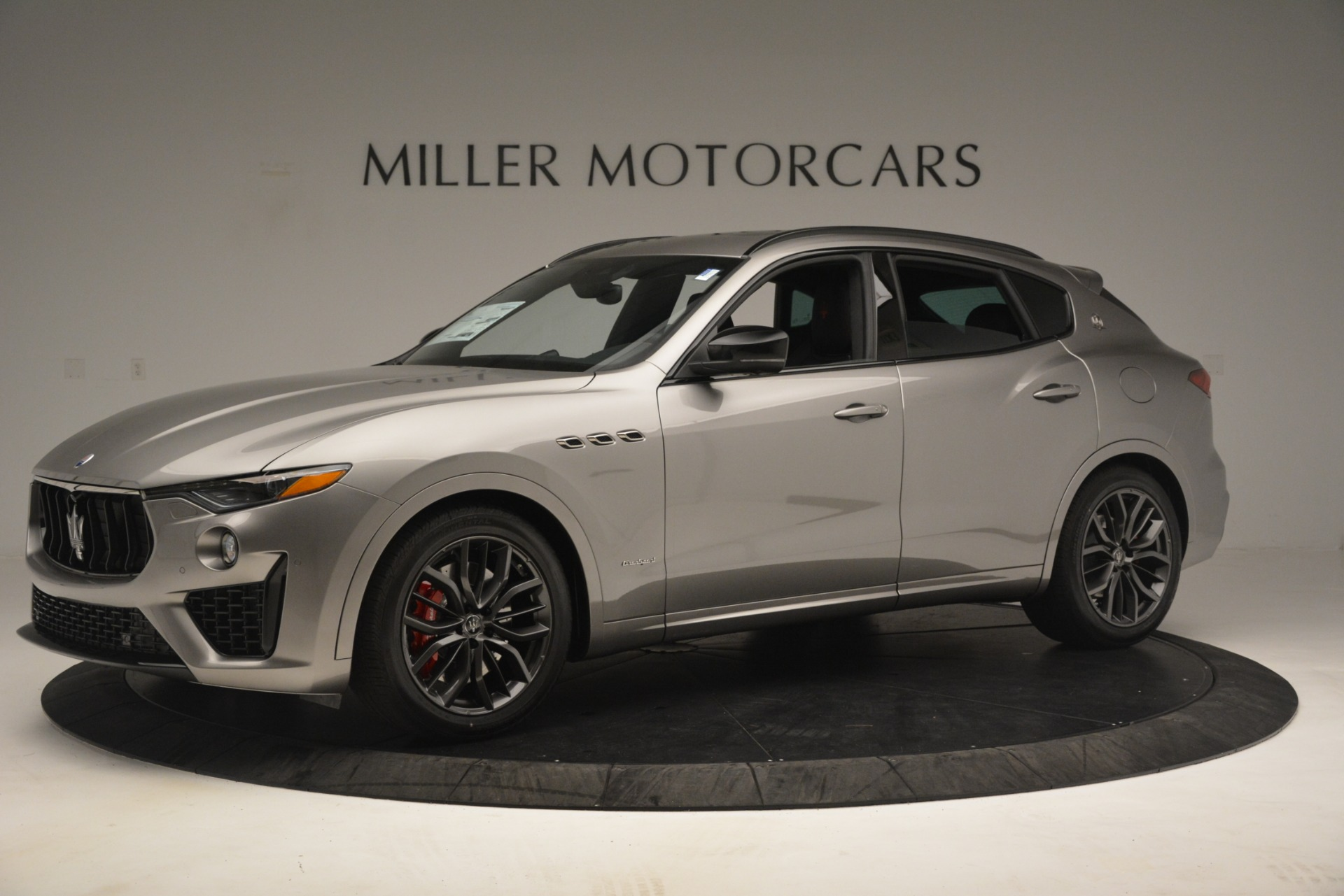 New 2019 Maserati Levante SQ4 GranSport Nerissimo For Sale In Westport, CT 3177_p2