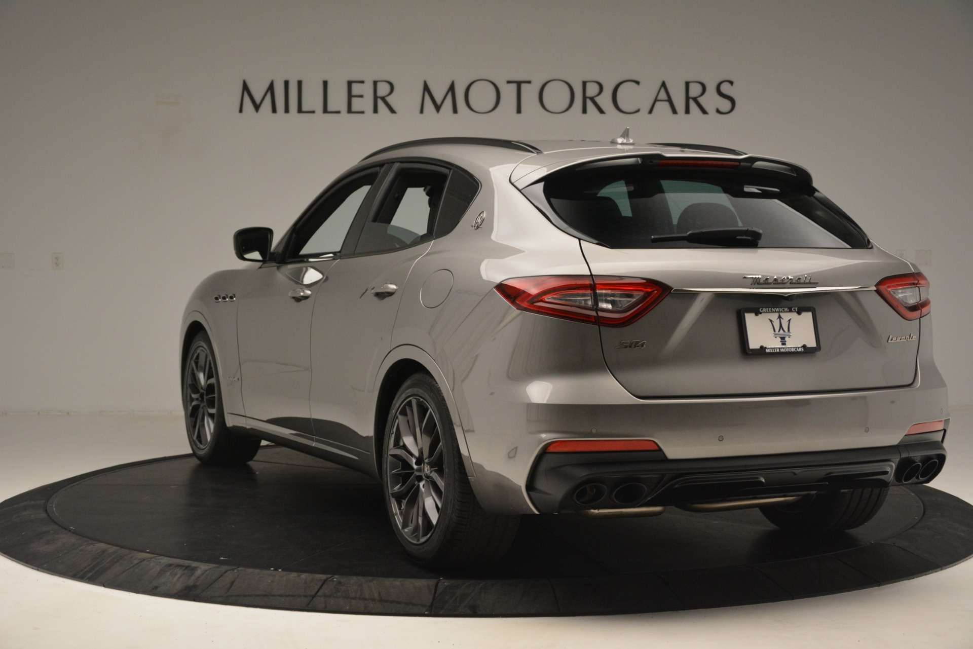 New 2019 Maserati Levante SQ4 GranSport Nerissimo For Sale In Westport, CT 3177_p5
