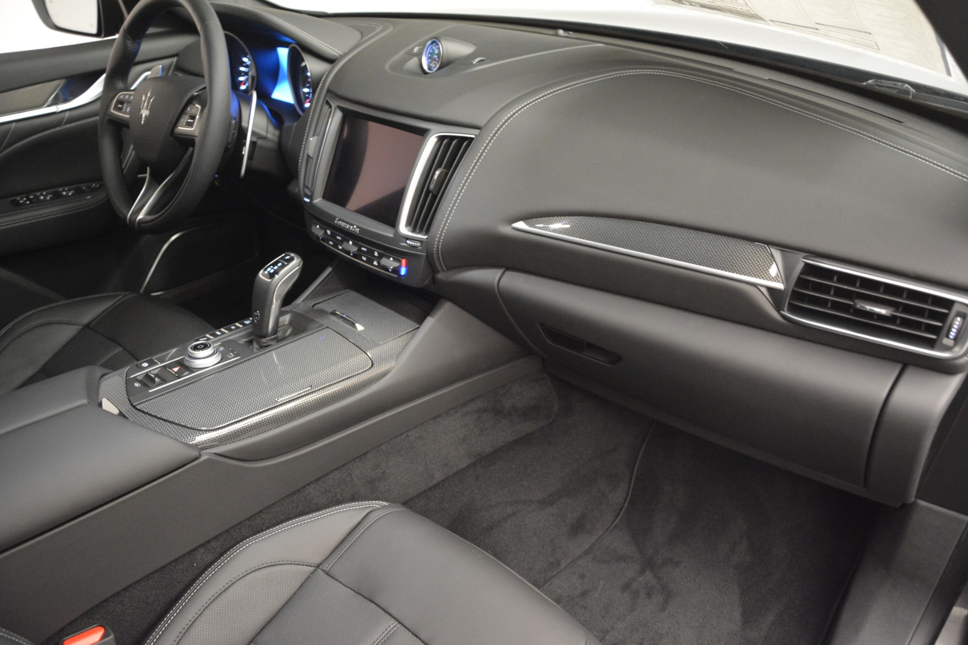 New 2019 Maserati Levante SQ4 GranSport Nerissimo For Sale In Westport, CT 3178_p22