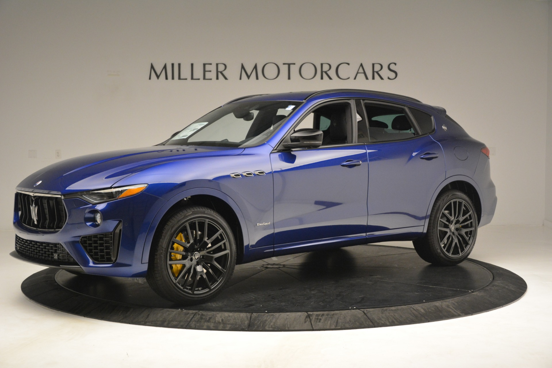 New 2019 Maserati Levante SQ4 GranSport Nerissimo For Sale In Westport, CT 3179_p2