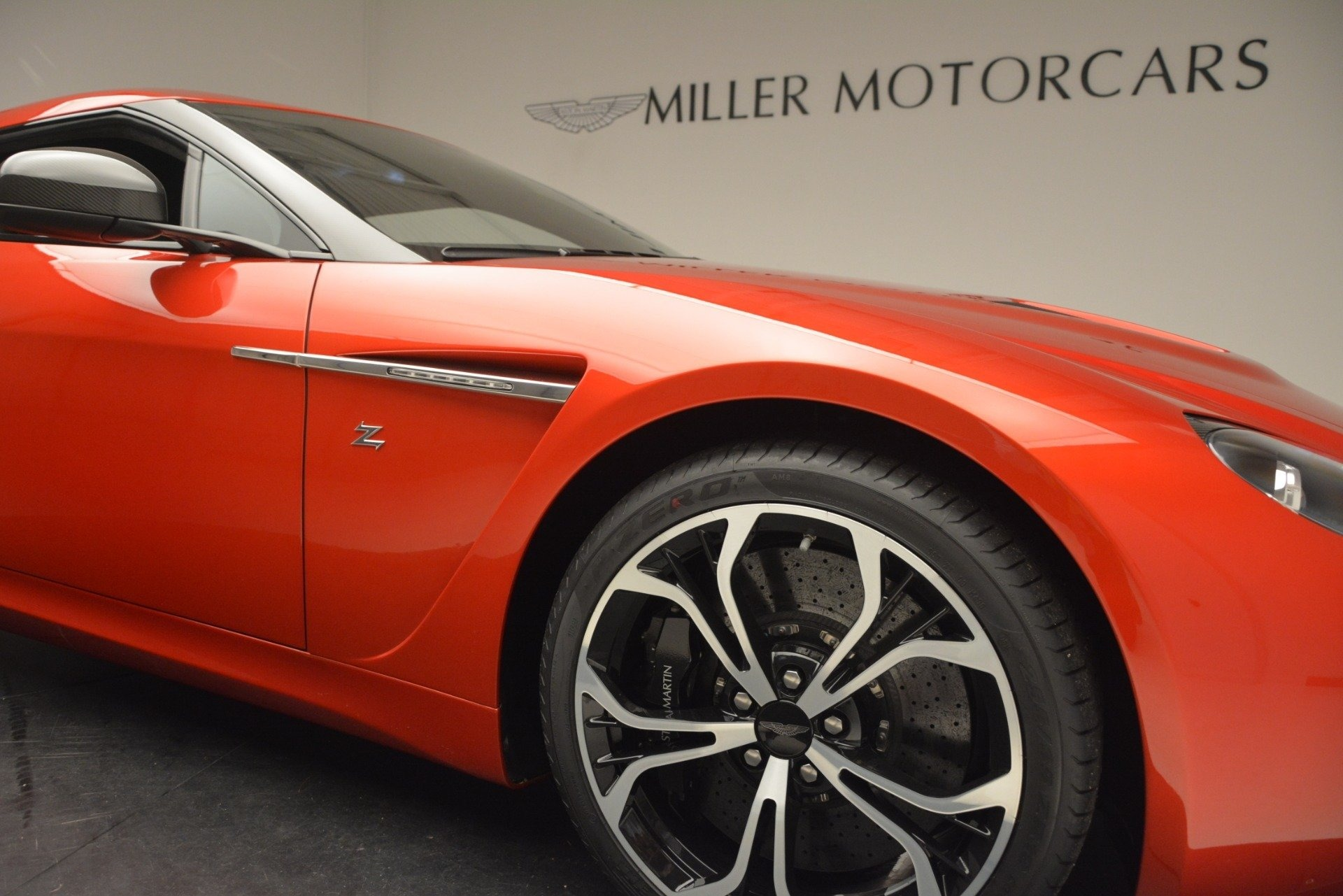 Used 2013 Aston Martin V12 Zagato Coupe For Sale In Westport, CT 3181_p22