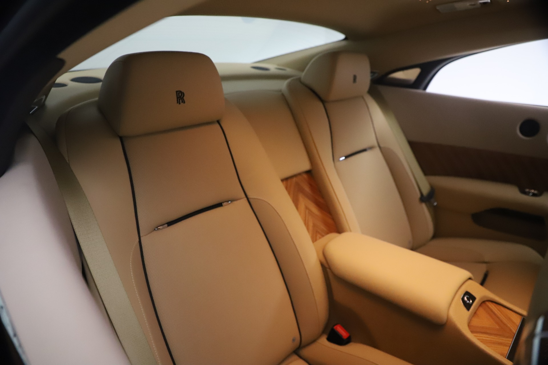 Used 2015 Rolls-Royce Wraith  For Sale In Westport, CT 3184_p21