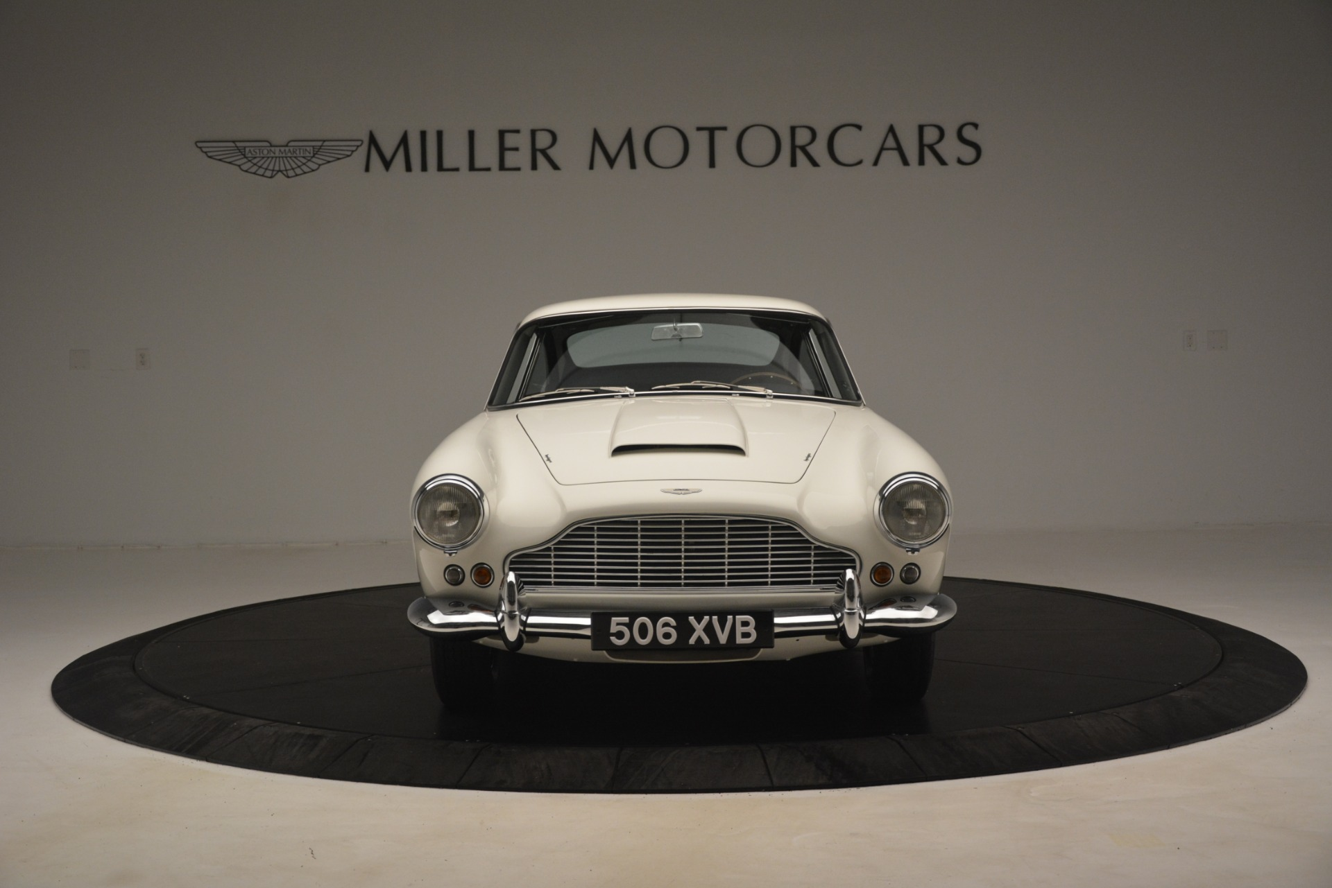 Used 1961 Aston Martin DB4 Series IV Coupe For Sale In Westport, CT 3186_p12