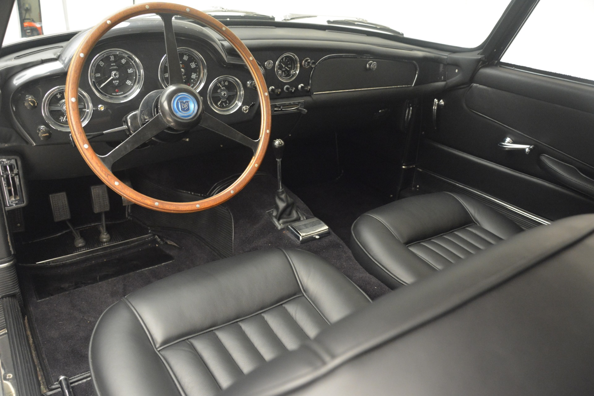 Used 1961 Aston Martin DB4 Series IV Coupe For Sale In Westport, CT 3186_p21