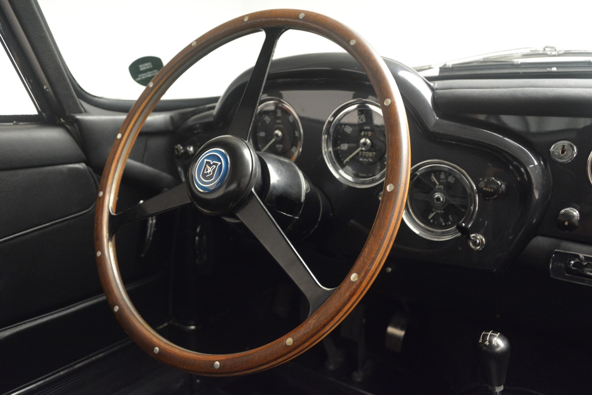 Used 1961 Aston Martin DB4 Series IV Coupe For Sale In Westport, CT 3186_p27