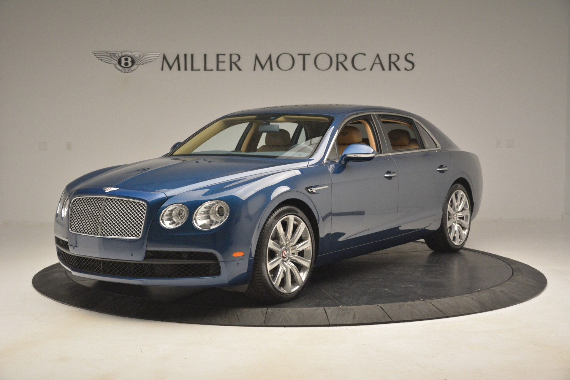 Used 2016 Bentley Flying Spur V8 For Sale In Westport, CT 3195_main