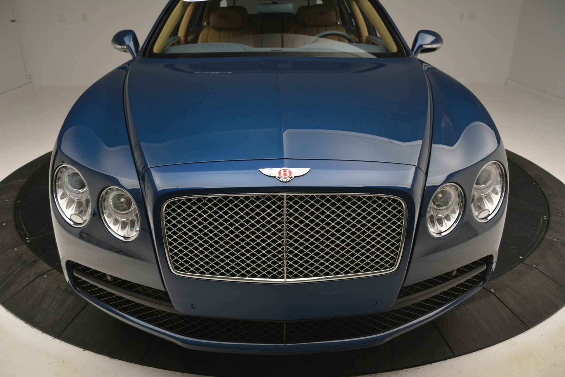 Used 2016 Bentley Flying Spur V8 For Sale In Westport, CT 3195_p13