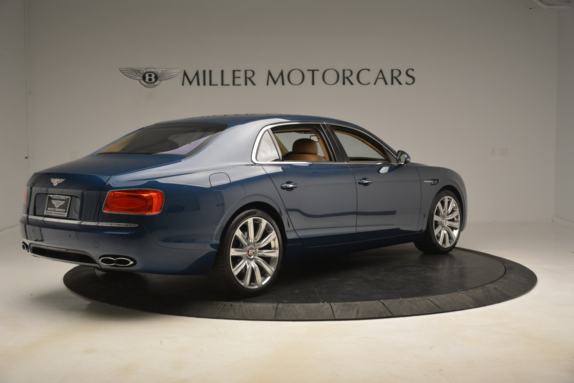 Used 2016 Bentley Flying Spur V8 For Sale In Westport, CT 3195_p8