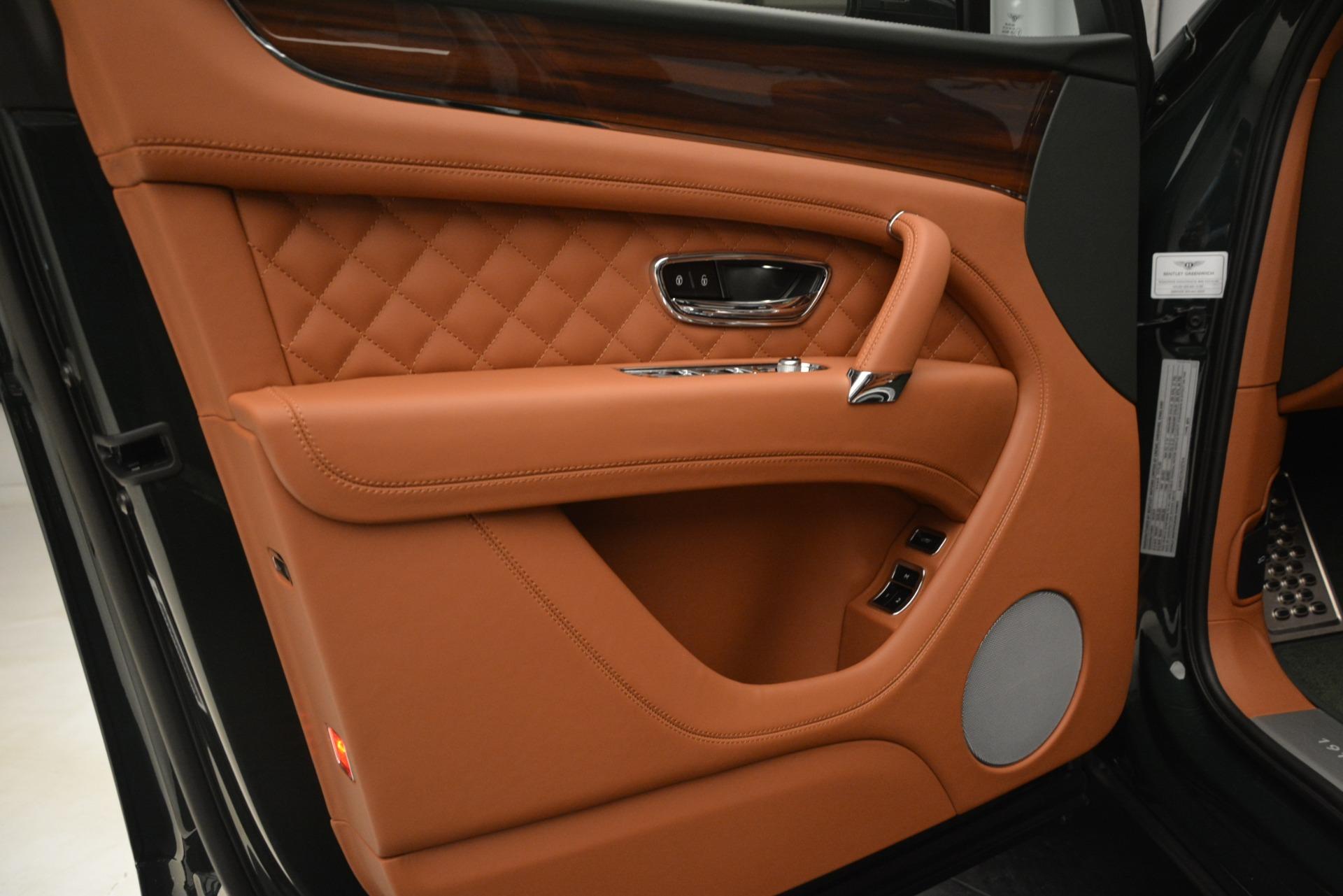 New 2019 Bentley Bentayga V8 For Sale In Westport, CT 3203_p18