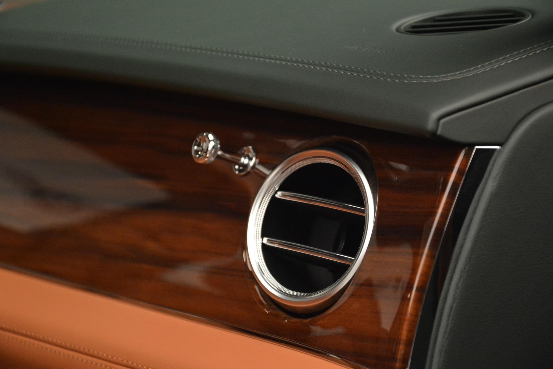 New 2019 Bentley Bentayga V8 For Sale In Westport, CT 3203_p22