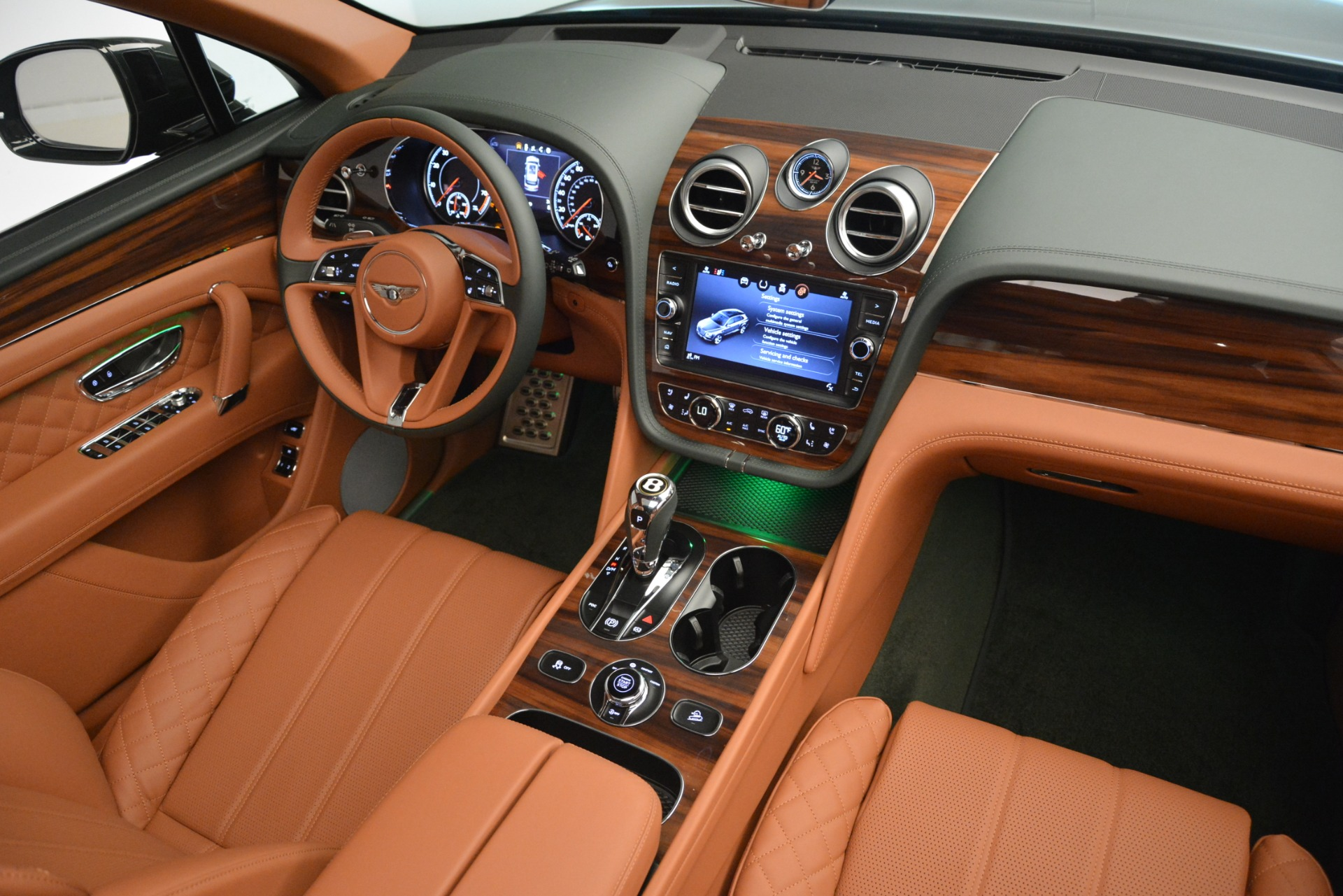 New 2019 Bentley Bentayga V8 For Sale In Westport, CT 3203_p30
