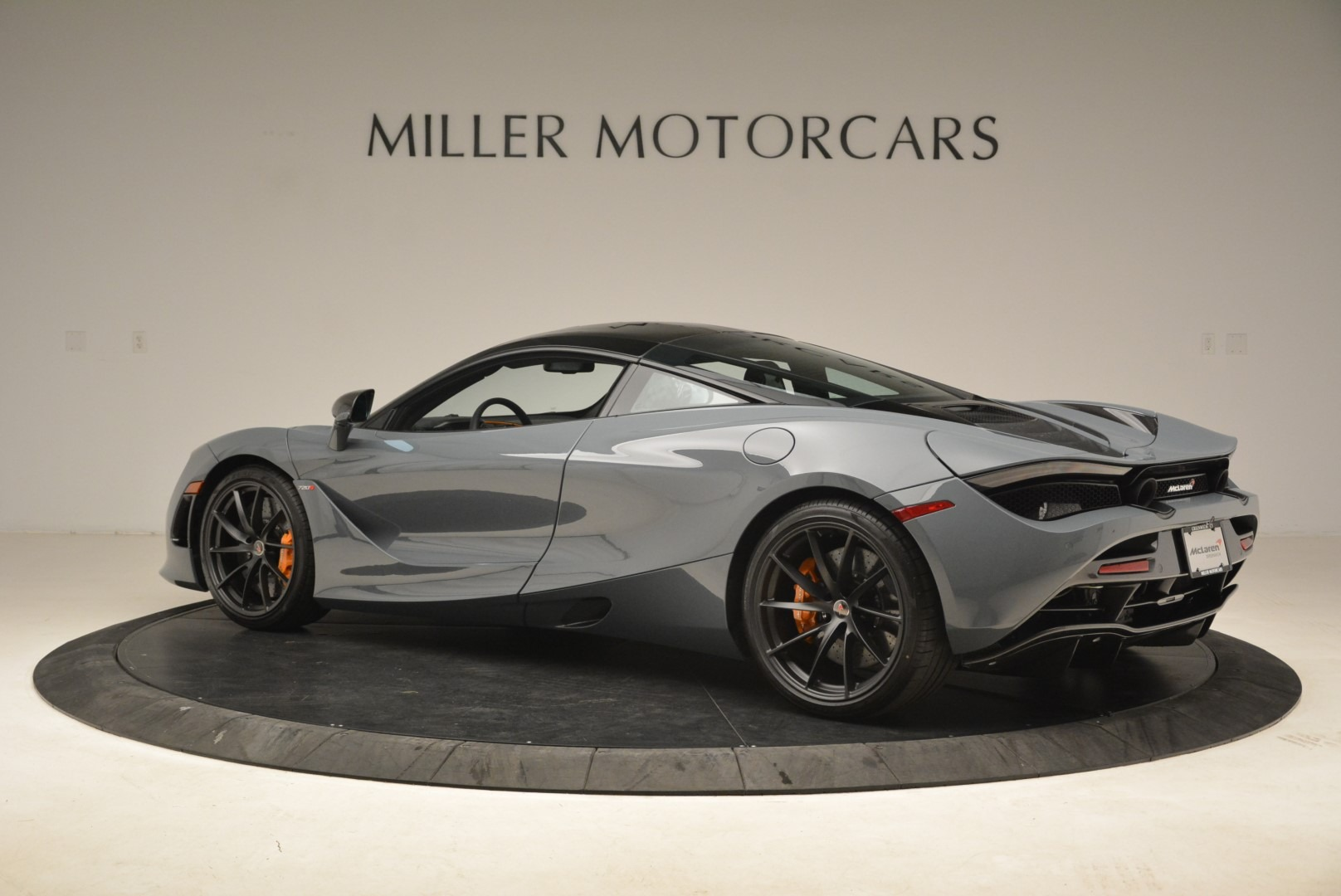 Used 2018 McLaren 720S Coupe For Sale In Westport, CT 3205_p4