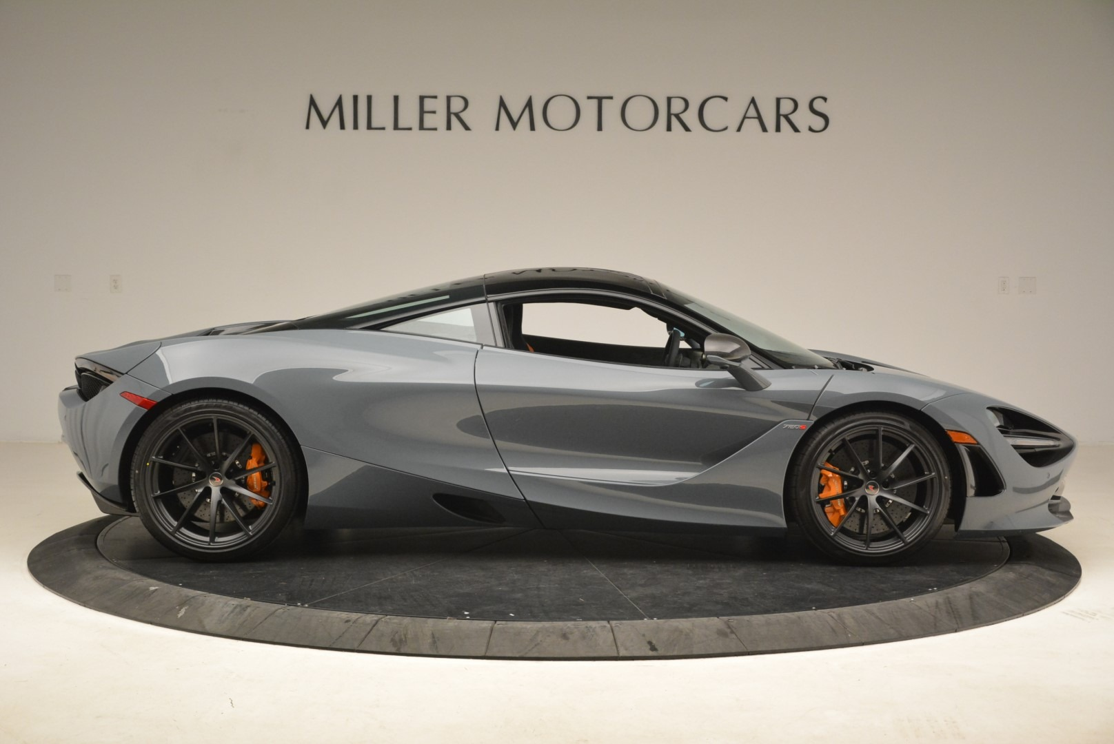 Used 2018 McLaren 720S Coupe For Sale In Westport, CT 3205_p9