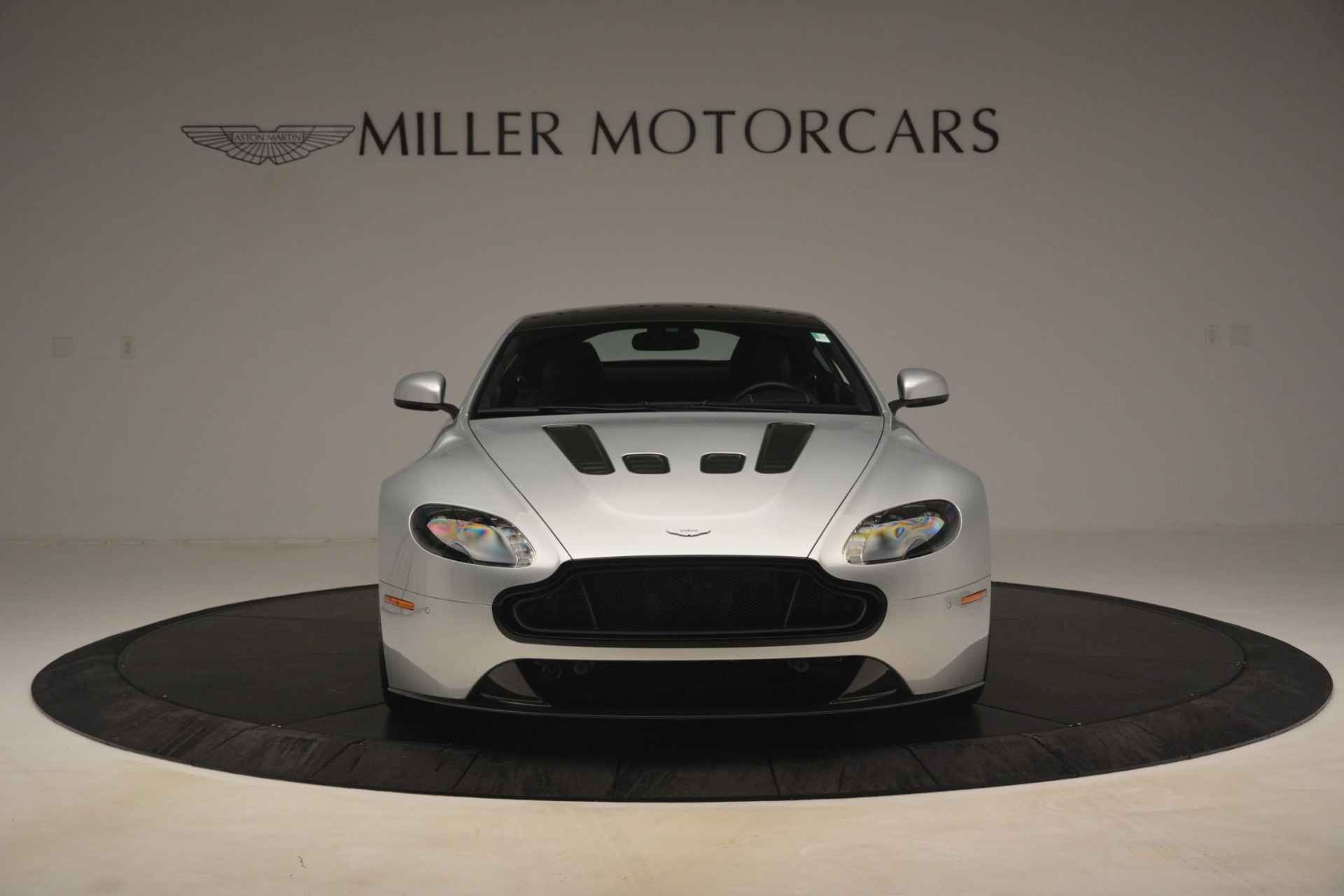 Used 2015 Aston Martin V12 Vantage S Coupe For Sale In Westport, CT 3206_p12