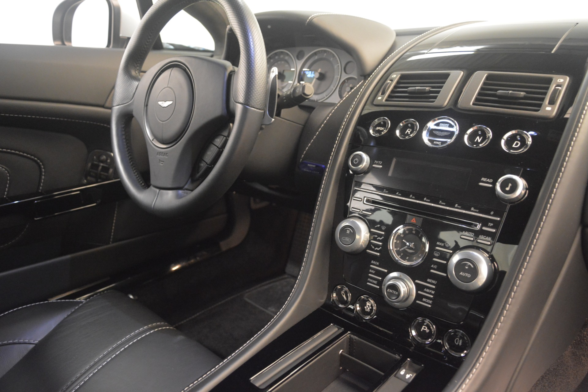 Used 2015 Aston Martin V12 Vantage S Coupe For Sale In Westport, CT 3206_p19