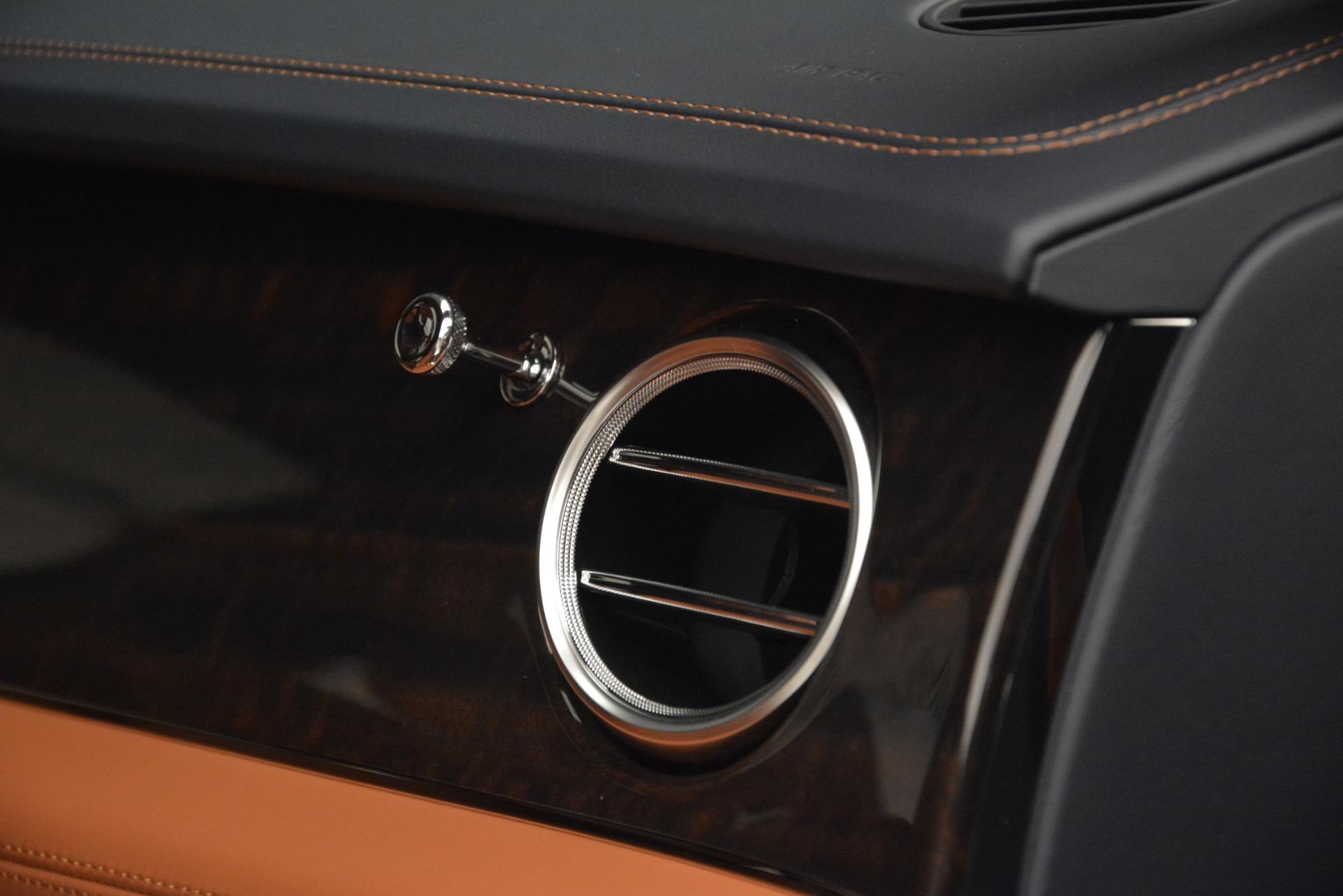 New 2019 Bentley Bentayga V8 For Sale In Westport, CT 3207_p27