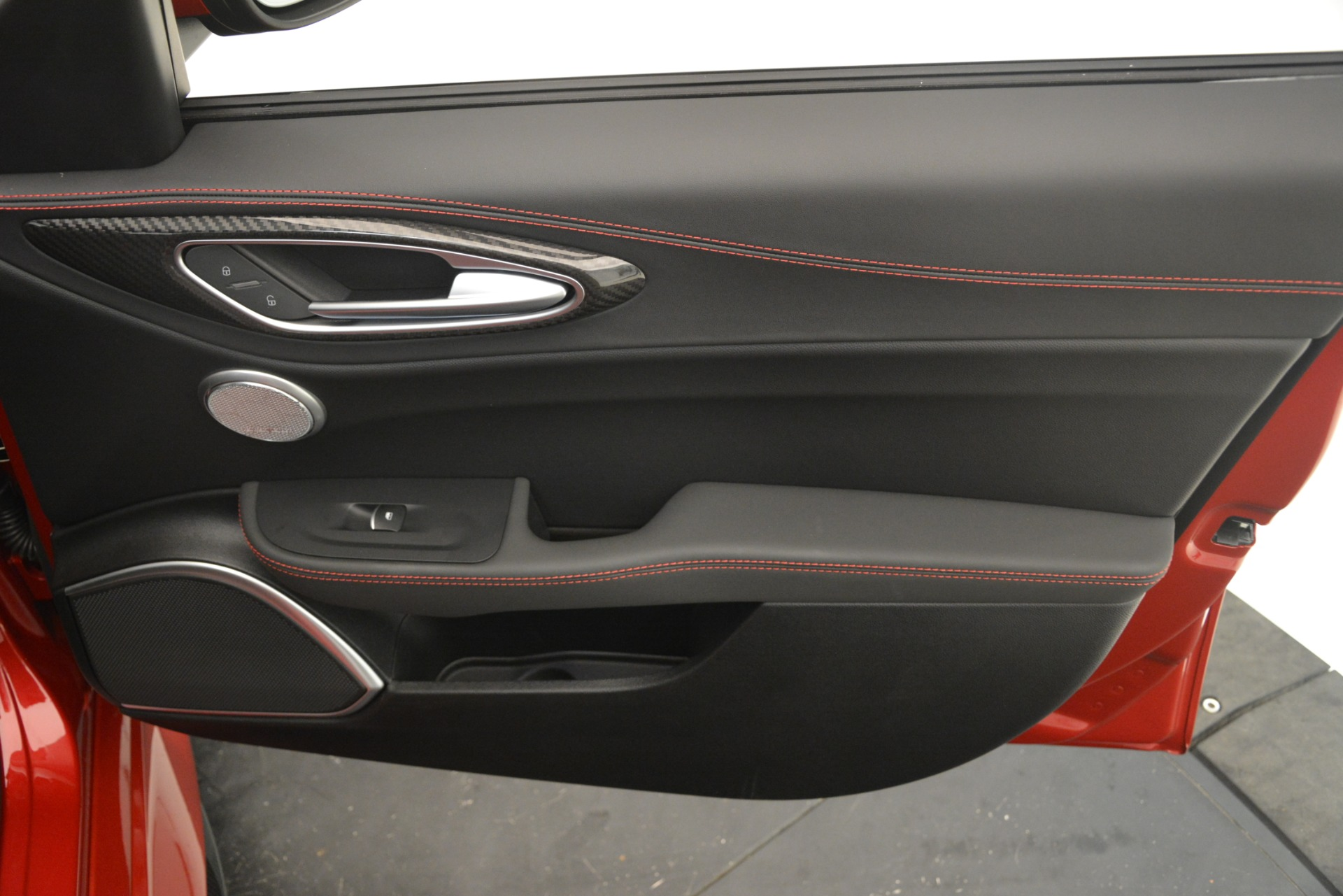 New 2019 Alfa Romeo Giulia Quadrifoglio For Sale In Westport, CT 3208_p25