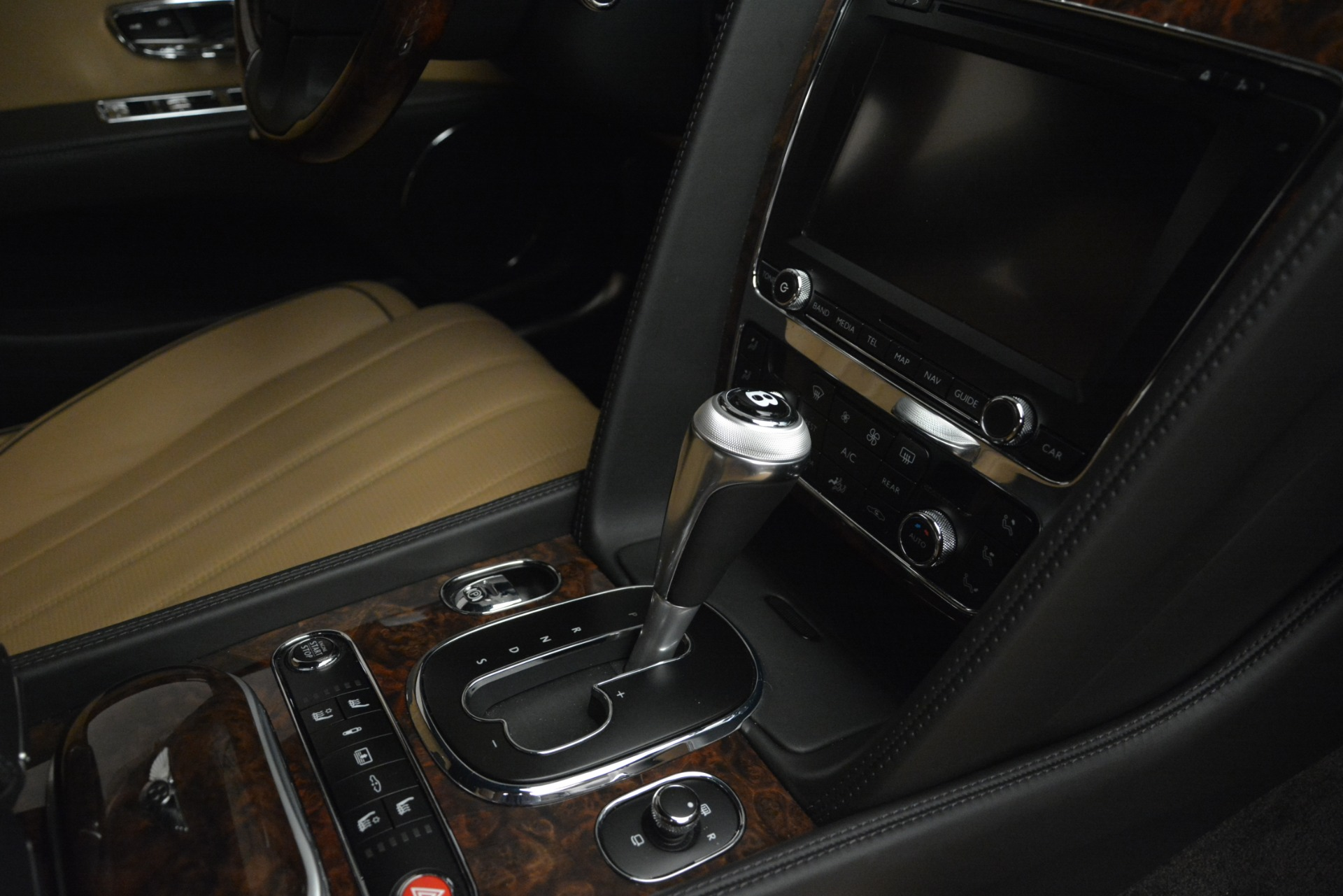 Used 2016 Bentley Flying Spur V8 For Sale In Westport, CT 3210_p25